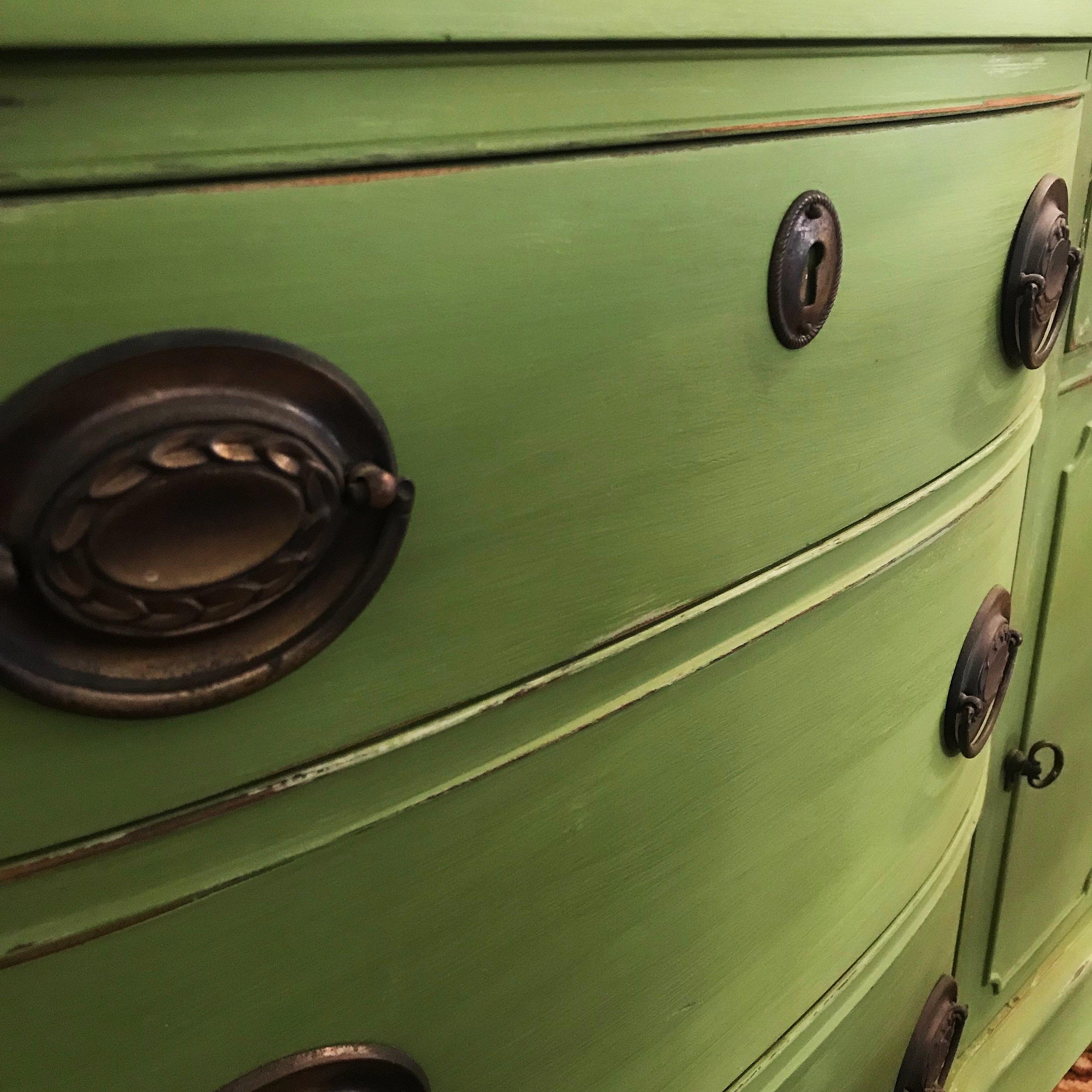 Green Hutch Hardware