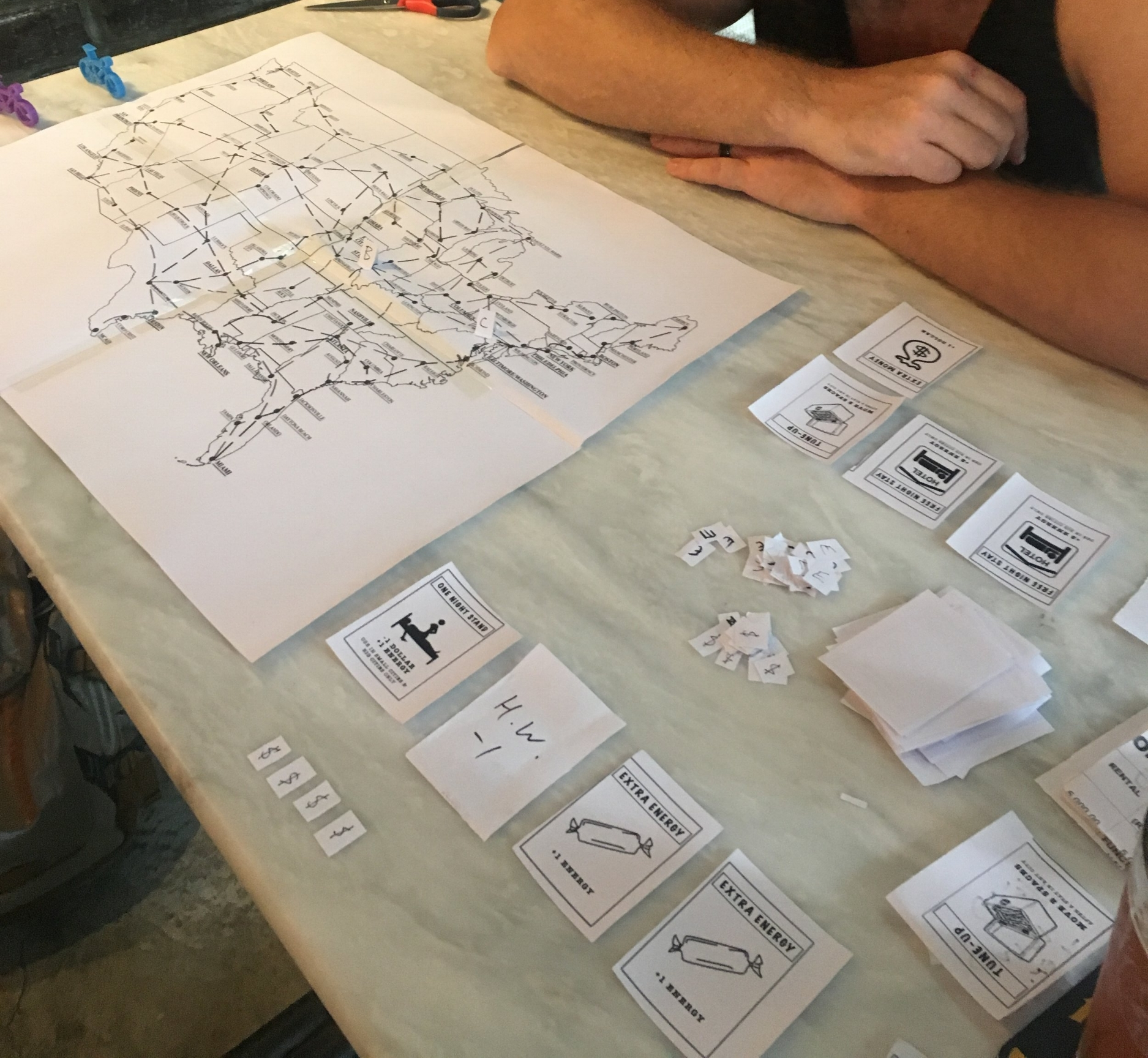 You can see the first attempt to create our segmented routes. Also you can see our first printed playing cards.