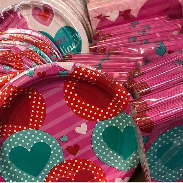 Party plates and napkins! Love what you eat this Valentine's Day. #independentpharmacy #bakerspharmacy #lovelyplate #hearts #4daystilvalentines #jamestownri #newportri #wickfordri #liveyourbest