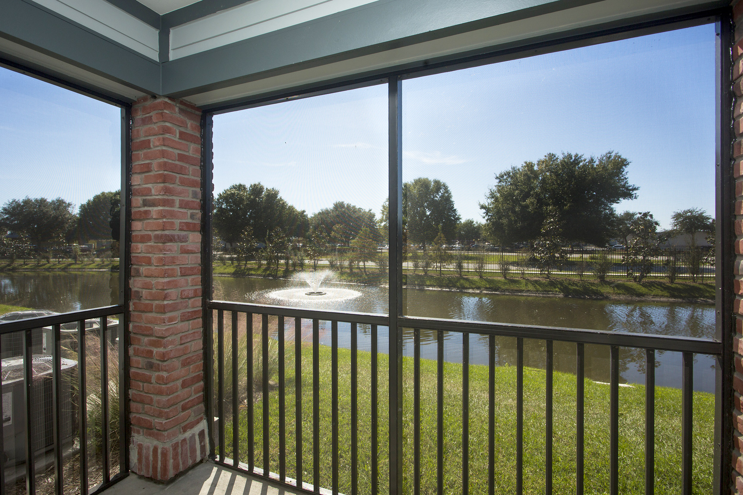 CharlestonEdge-Rental-Apartment-Brandon-Tampa-Florida-Pool-Bedrooms-View.jpg