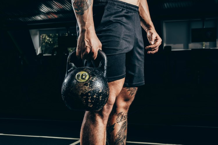 The Best Kettlebell Exercises for Building Muscle and Bulletproof Strength.jpg
