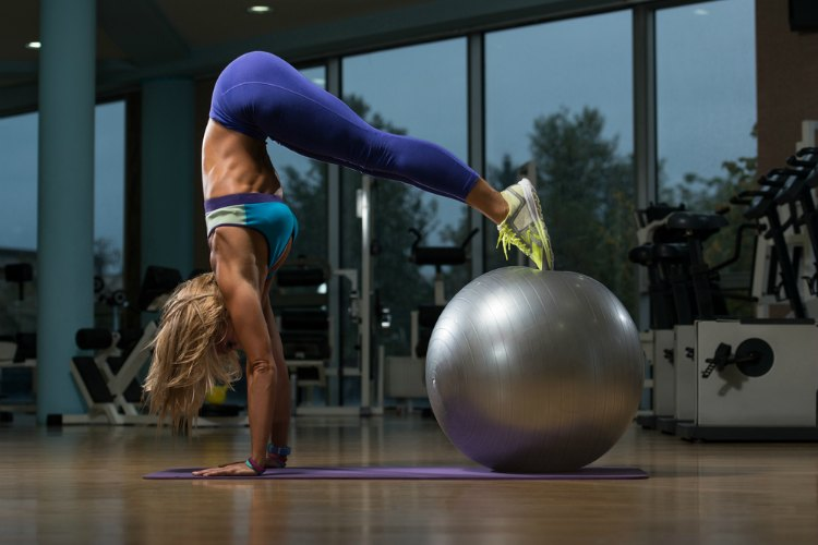 Best Lower Ab Exercises - Stability Ball Pike