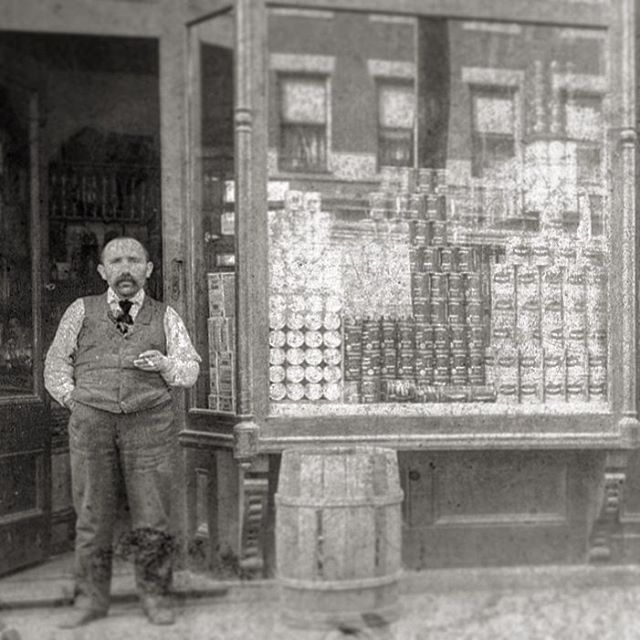 Great Great Grandpa David outside his store in the Bronx. But what did he sell? #nychistory #familyroots #bnwphotography #nyc #earlybronx