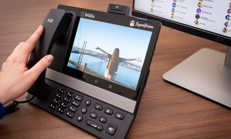 Cady Cloud Desk Phones for Top Managers.jpg