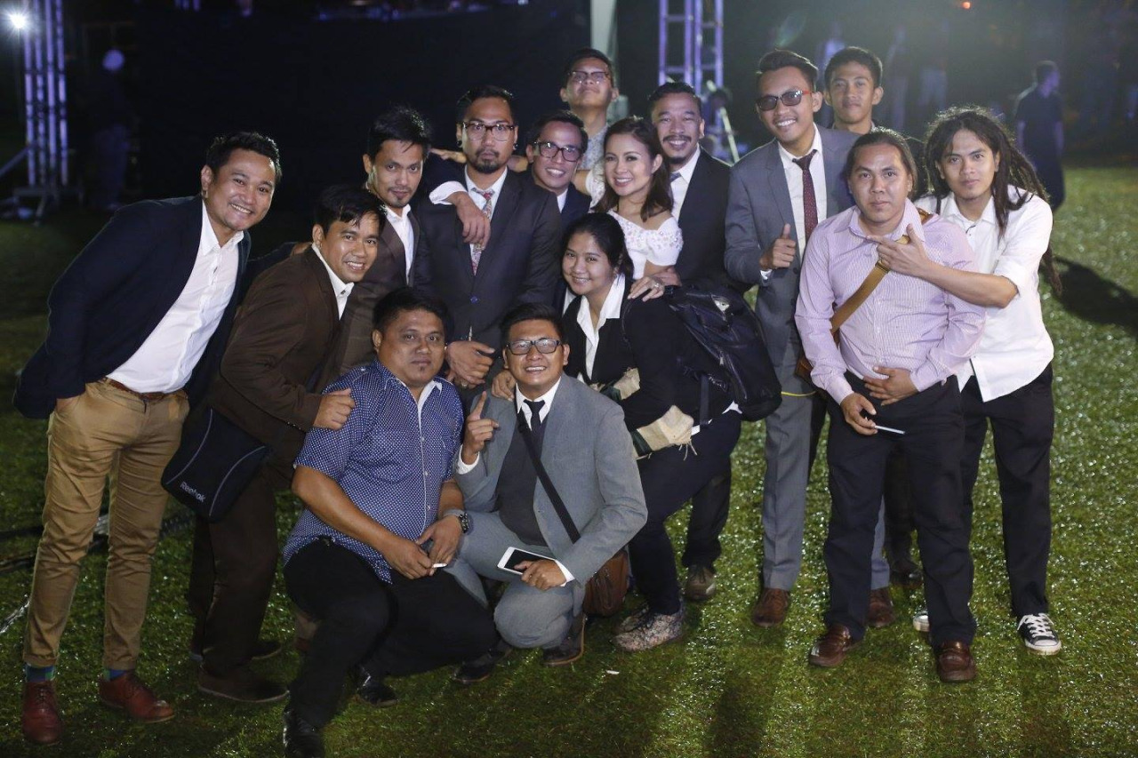 Class picture with Jason Magbanua, Chuck Ronquillo of Cherryblocks, and their fun, gifted, and professional team. :)