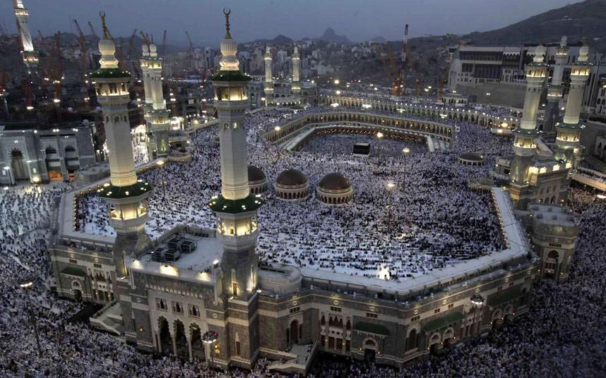 mecca-mosque_2376801k.jpg