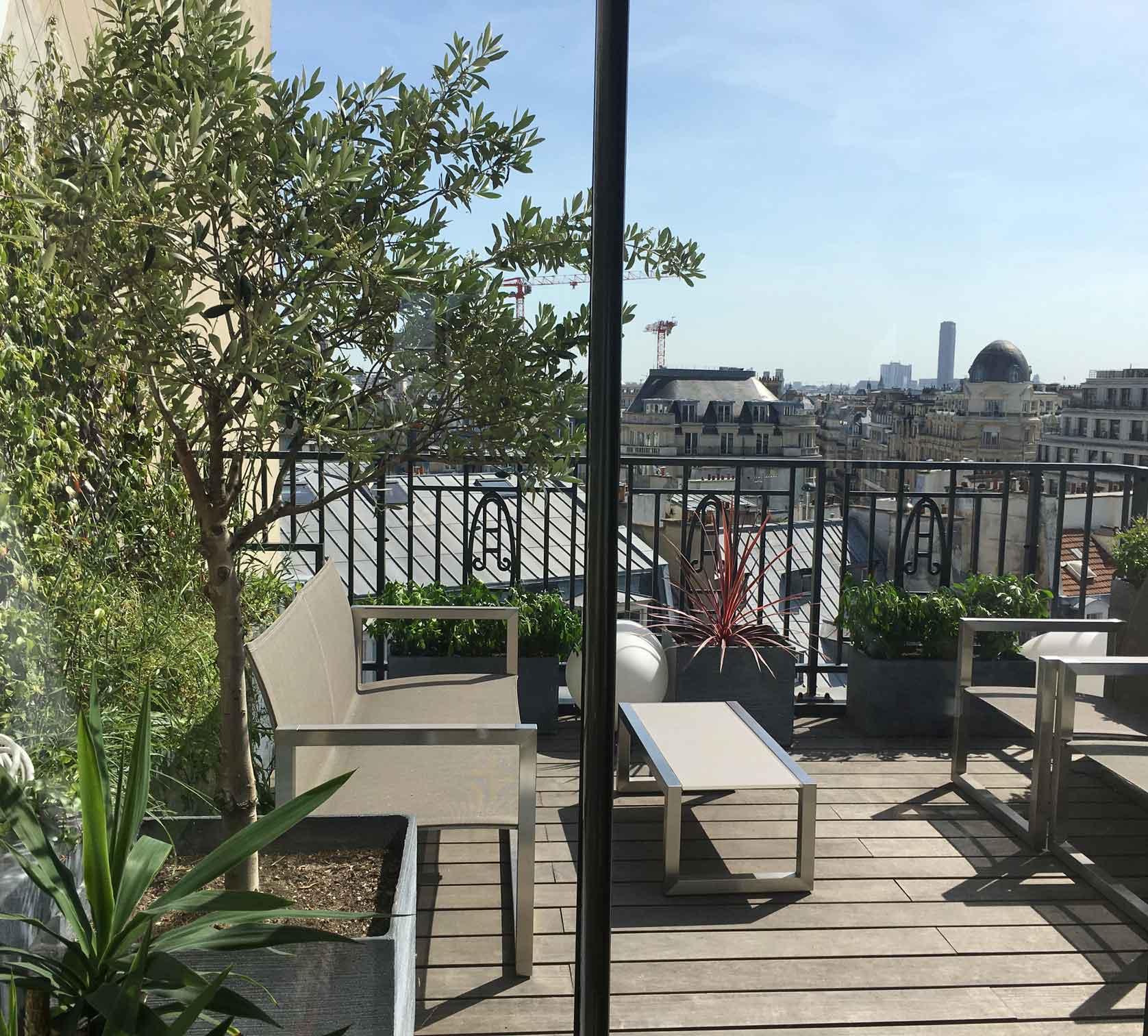 Terrasse-balcon-amenagement-paysager-vegetalisation-paysagiste-paris.jpg