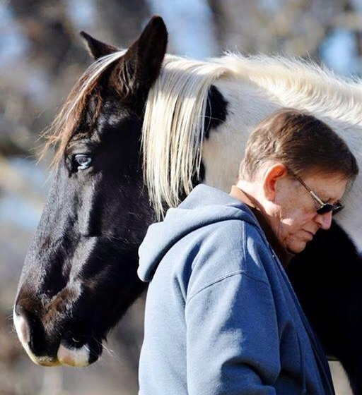 Pete-with-horse.jpg