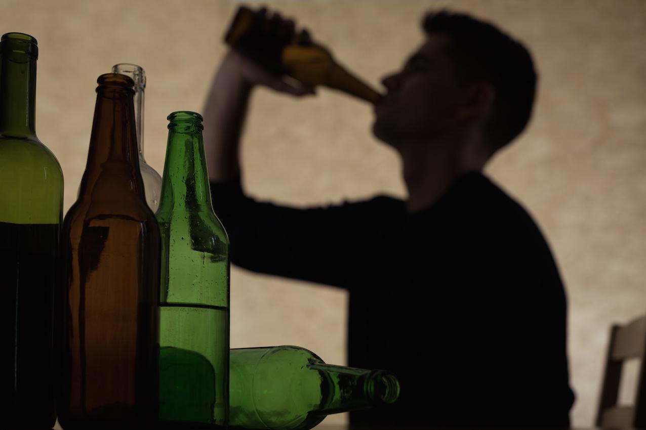 Teenager-drinking-beer-492456096_5760x3840 copy.jpg