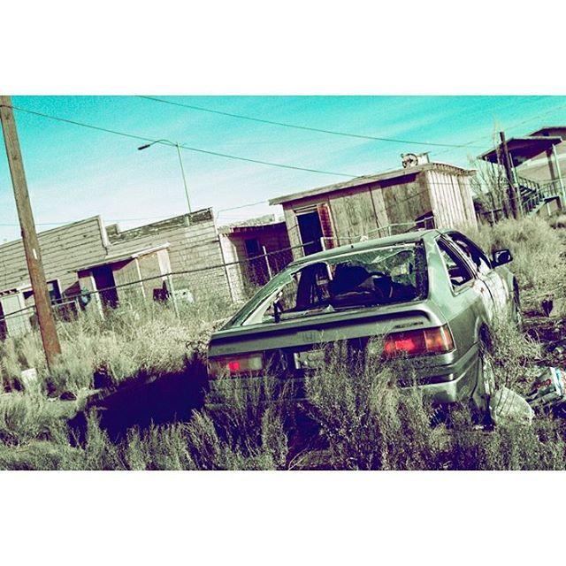 Back to the past. • • • • • • • • • • • • • #35mm #35mmfilmphoto #filmisnotdead #myfeatureshoot #thefilmcommunity #crossprocess #filmfeed #fujiprovia #provia100f #pentaxk1000 #arizona #car #honda #carphotography #oldwestern  #abstract #abstracto #artcar #backtothefuture #cinematic