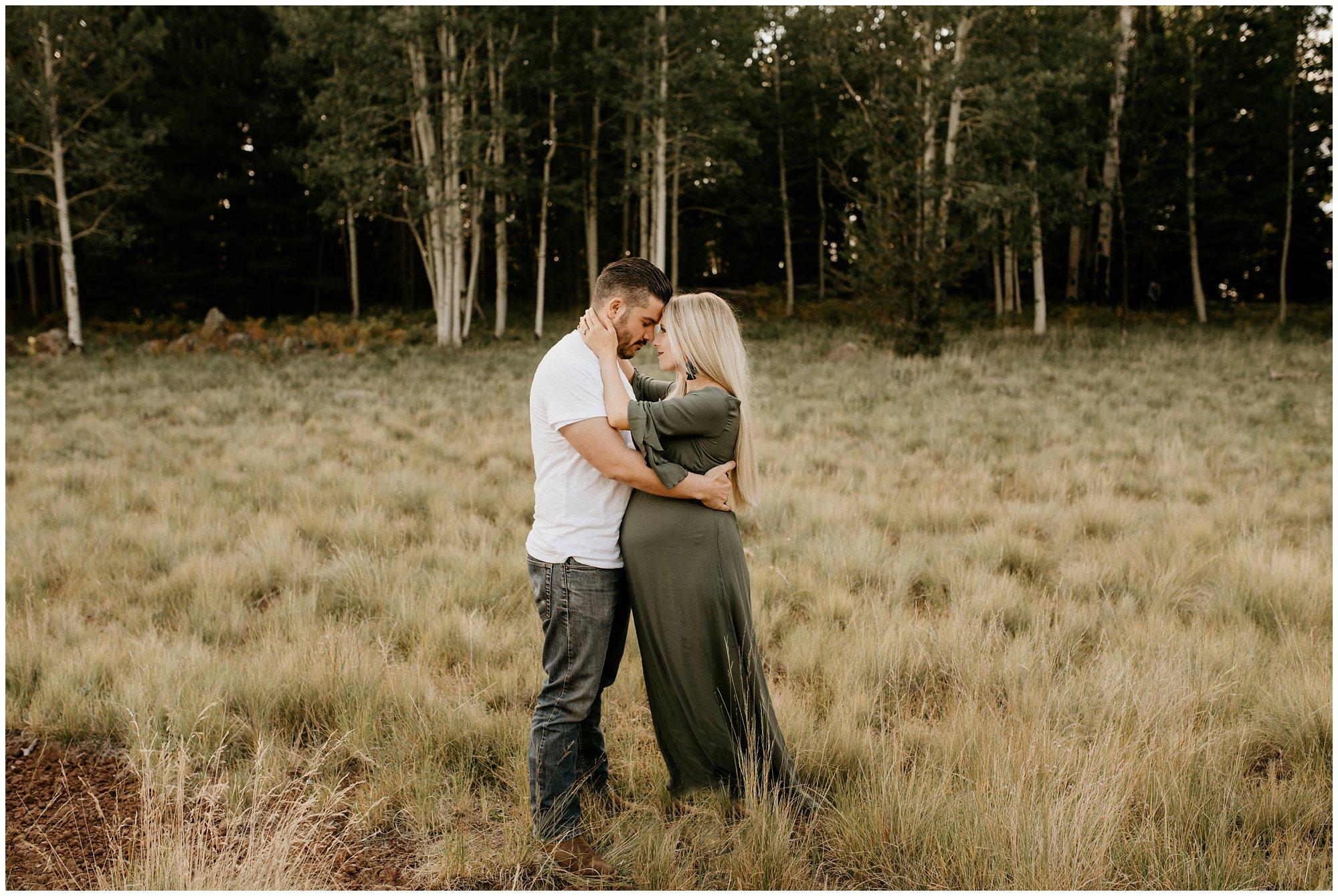 Flagstaff Aspen Tree Portrait Session - Gabby + Gary - Ashtyn Nicole Photo_0002.jpg