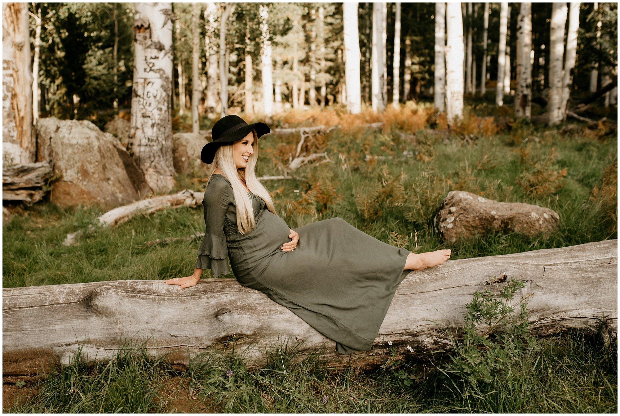 Flagstaff Aspen Tree Portrait Session - Gabby + Gary - Ashtyn Nicole Photo_0032.jpg