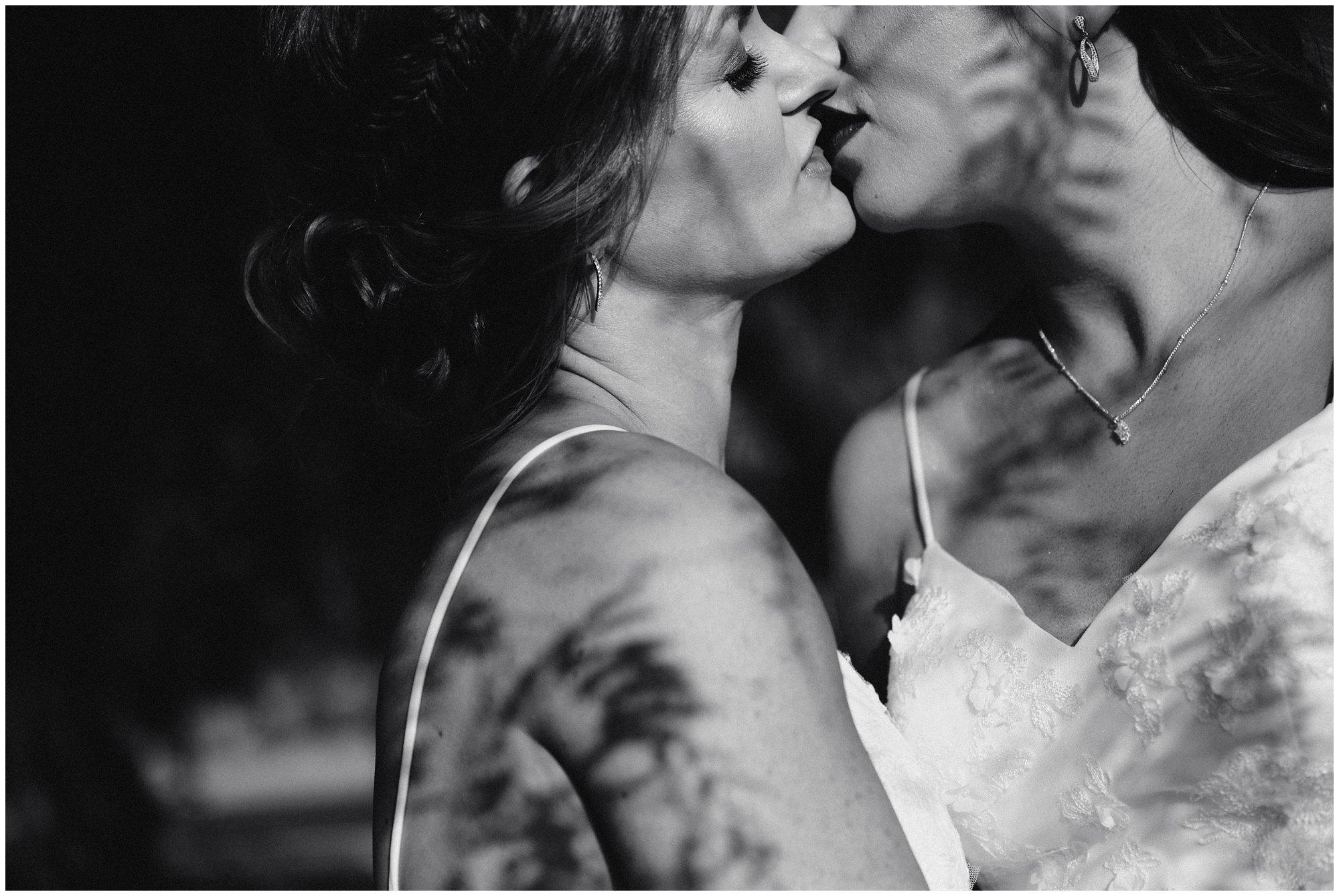 arizona same sex wedding photographer - jenni and lauren wedding the islands clubhouse_0051.jpg