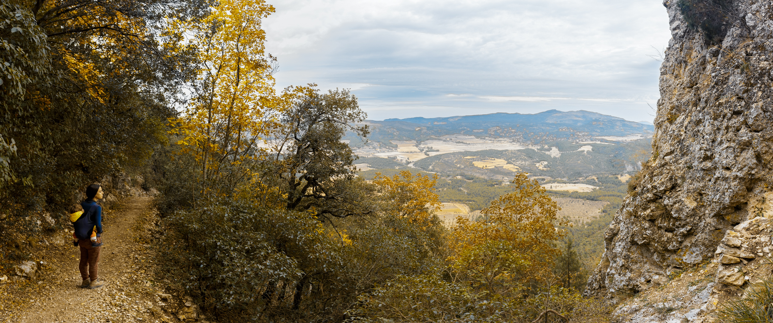 otoño colores font roja alicante naturaleza panoramica