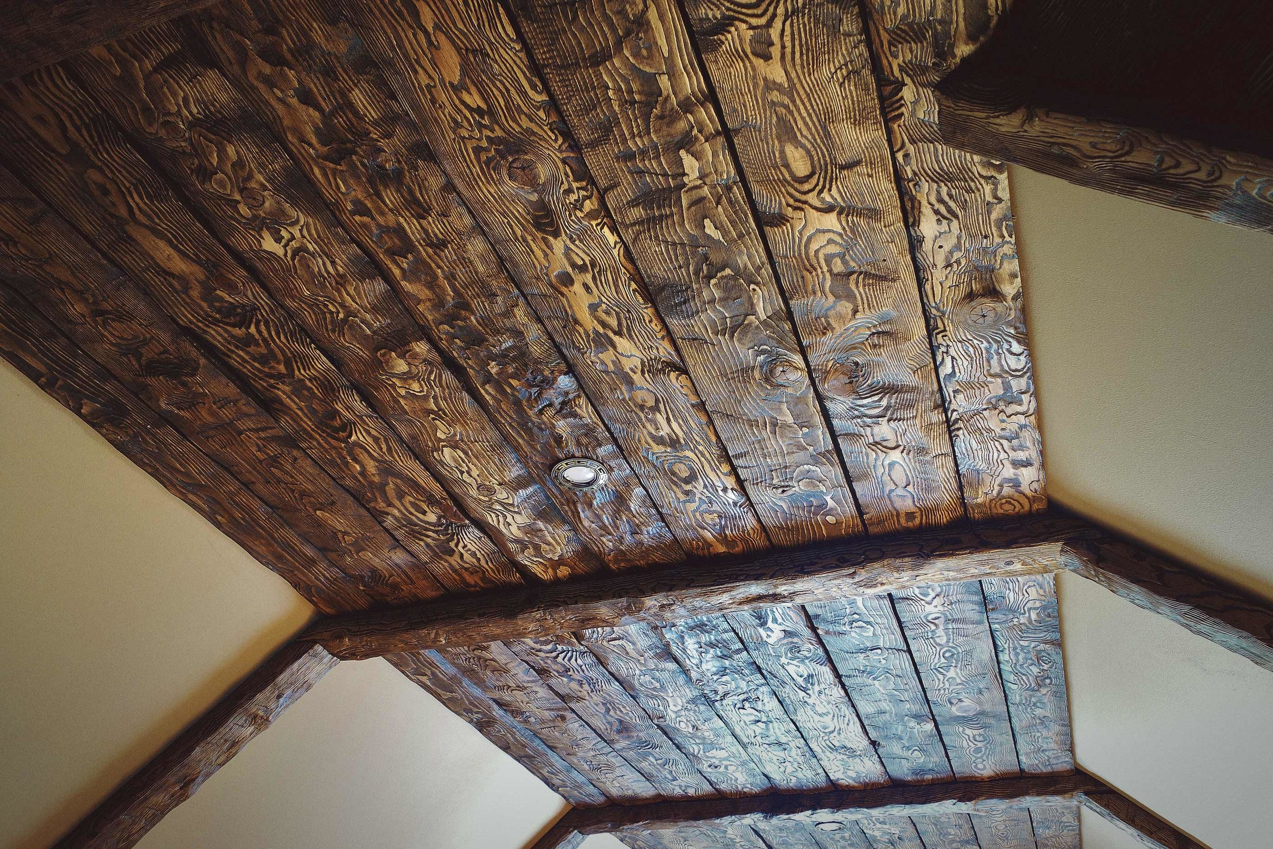 rwood-wooden-ceiling.jpg
