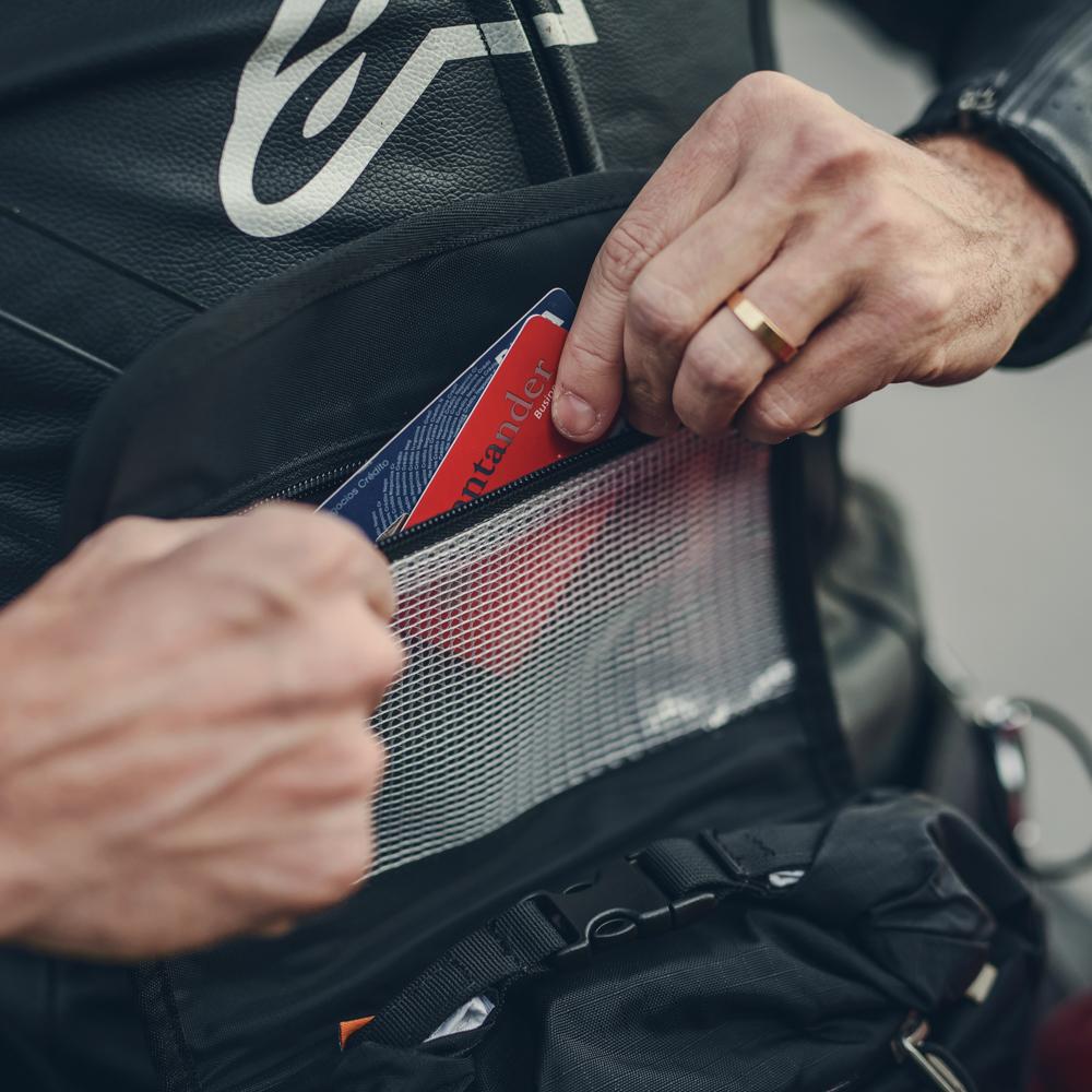 kriega-r3-waistpack-inner pocket.jpg
