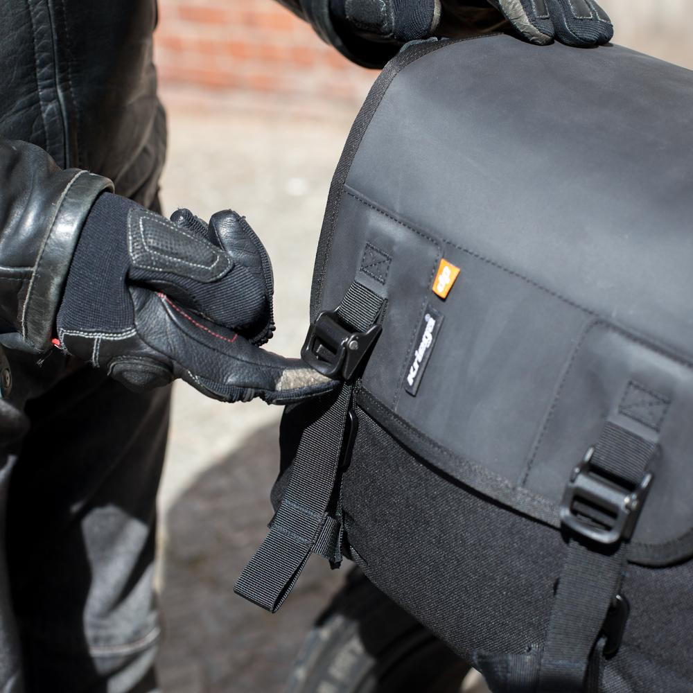 kriega-saddlebag-detail2.jpg