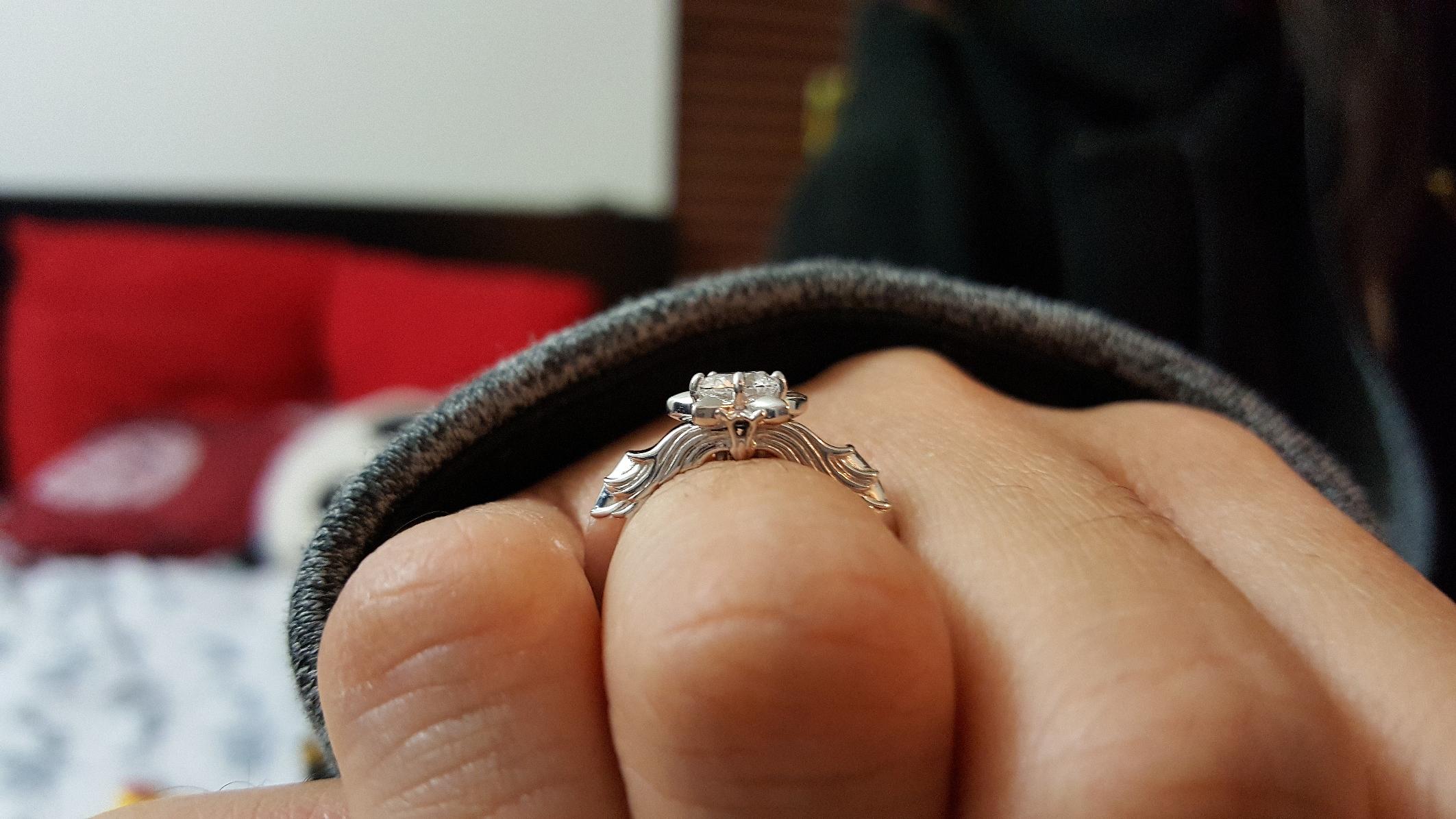 maria-wearing-oathkeeper-ring