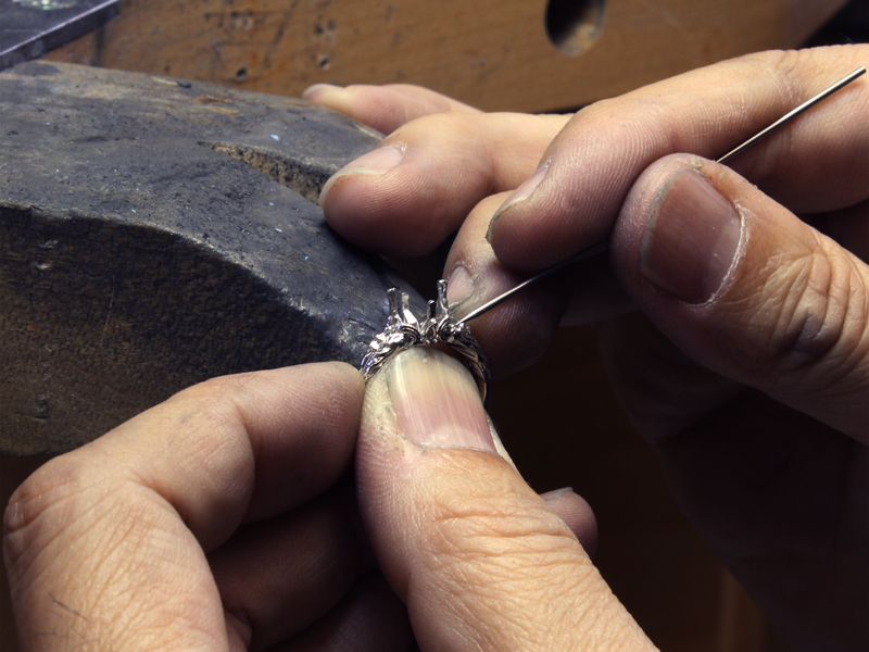 Takayas burnishing Casey's Summoner ring