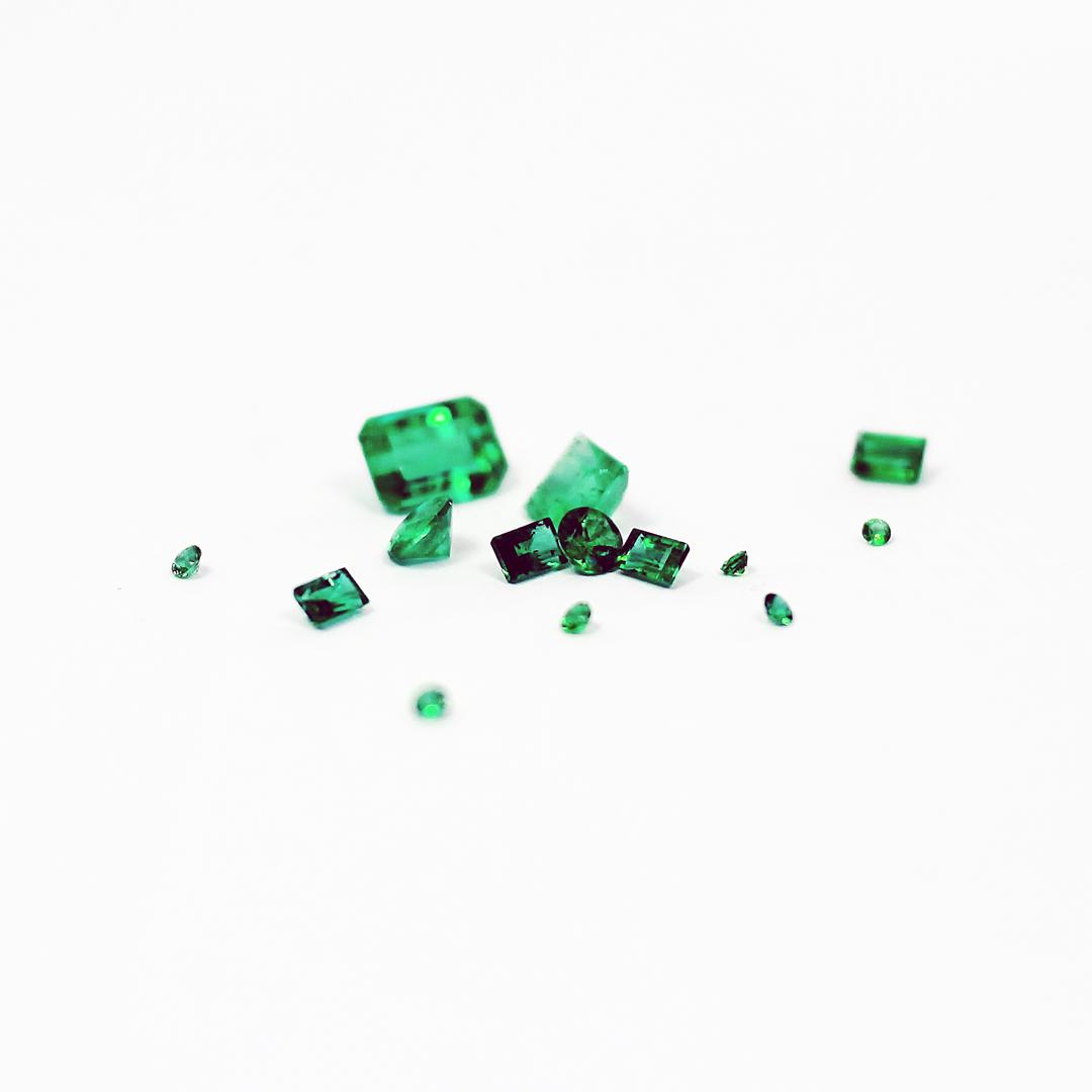 Takayas-Custom-Jewelry-Gemstone-Emerald