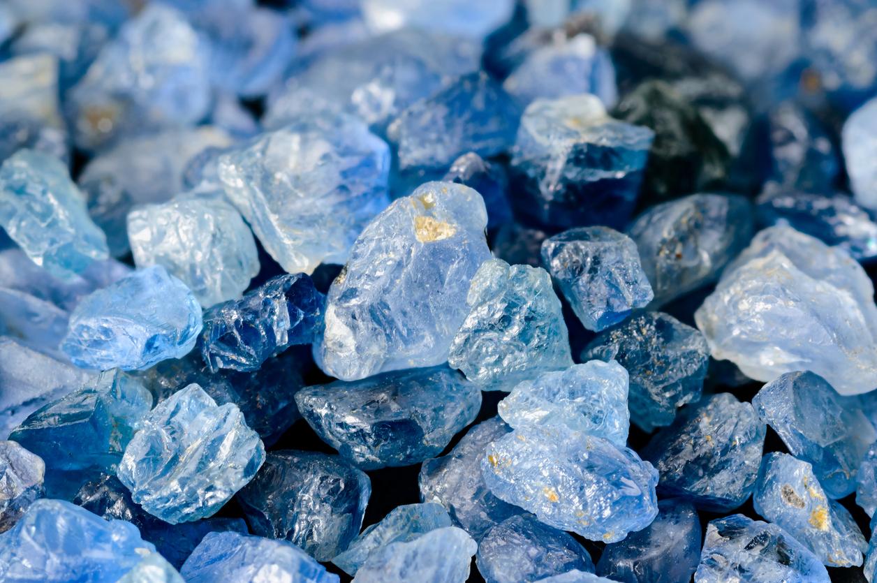 Takayas-Custom-Jewelry-Gemstones-101-Sapphire
