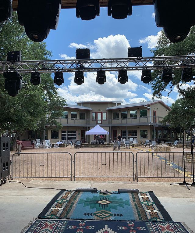 😎 A gorgeous today out at @hautespotvenue live music starting at 6pm with @dennyherrinband and @rogercreager  Come say hi! . . #atxmusic #cedarparktx #livemusic #texasmusic #austintexas #livesound #music #texas