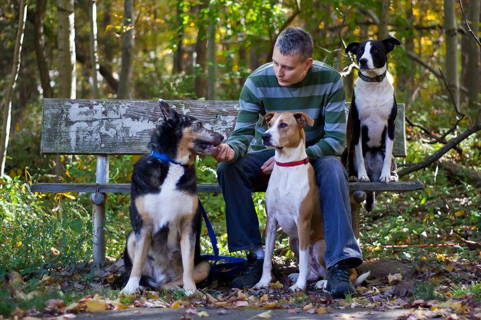 Trainer Tanja Owe and her dogs Jake, Bailey, & Moo. Photo by Amy Sanderson.