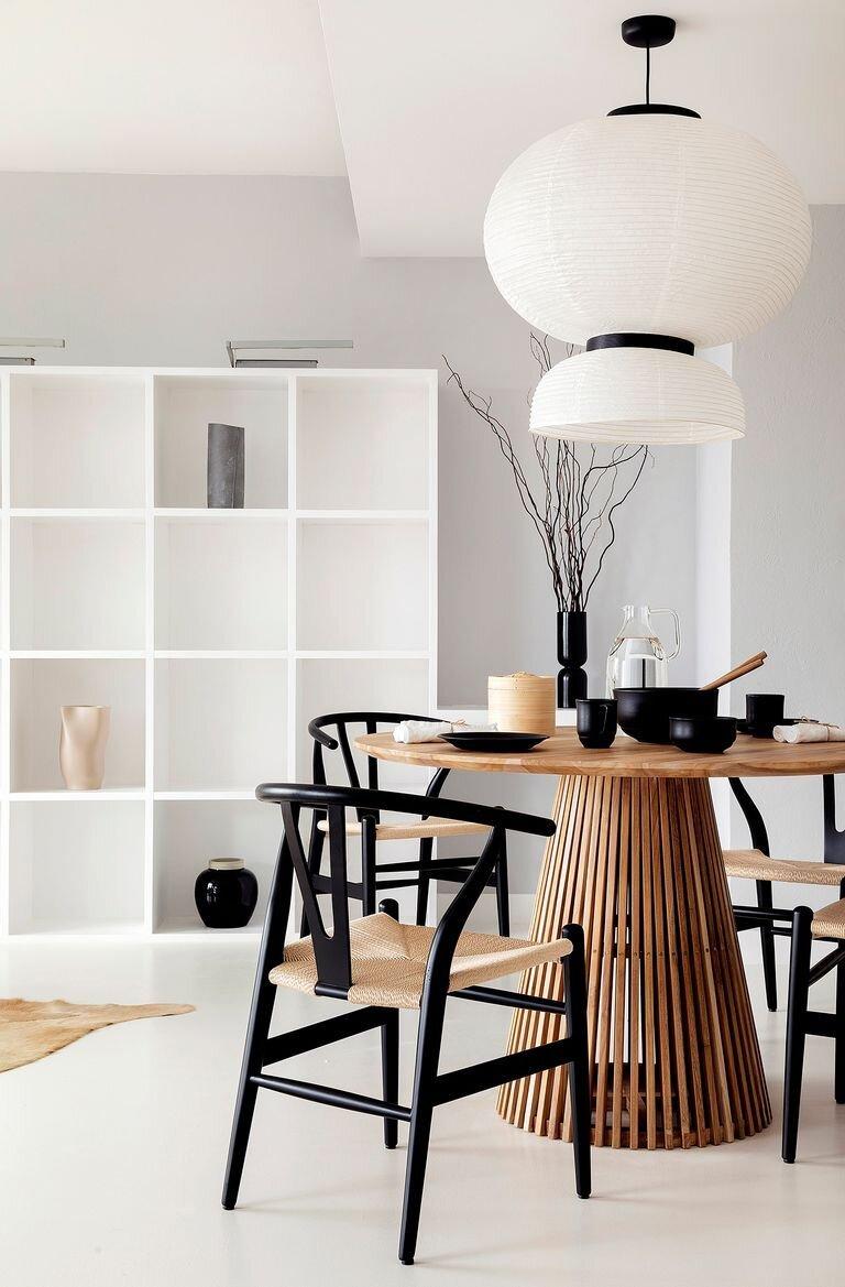 Un piso de estilo Japandi con espacios abiertos.jpg