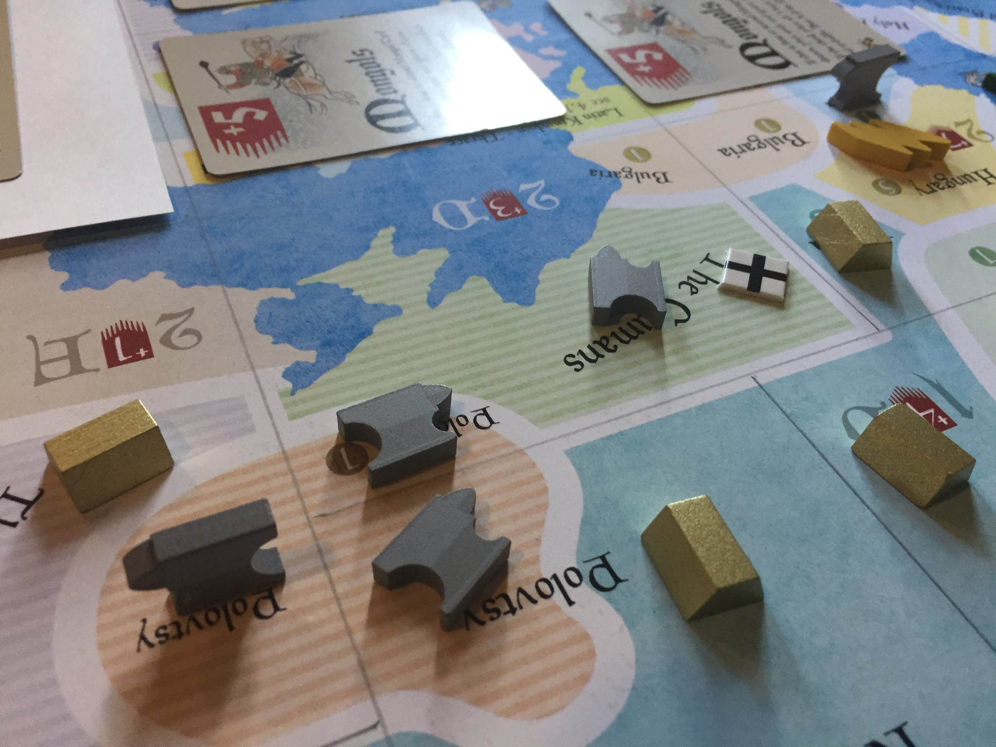 Our usual disclaimer:that's playtest art and components you're looking at ...