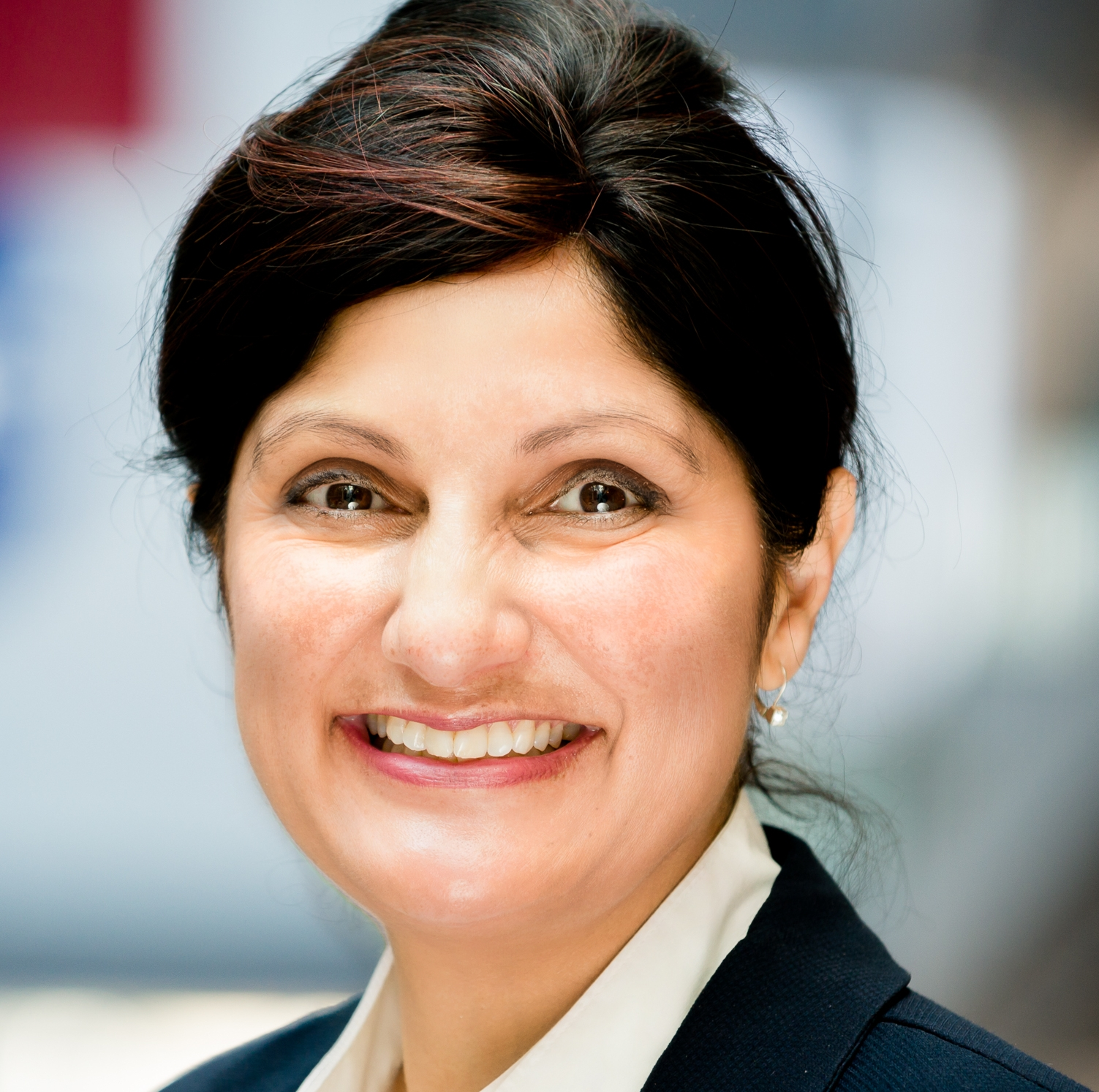 Sima Gandhi, Innovation Consultant, Founder, EIR, Facilitator - With many years of experience as an investor, founder and business partner, I am uniquely qualified innovation consultant. I thrive in complex and challenging environments, am passionate about using Lean Startup Approaches in enterprise environments to drive growth.I have worked with students to solopreneurs to corporate intrapreneurship teams building ideas and success with proven 'fail fast' approaches and techniques.