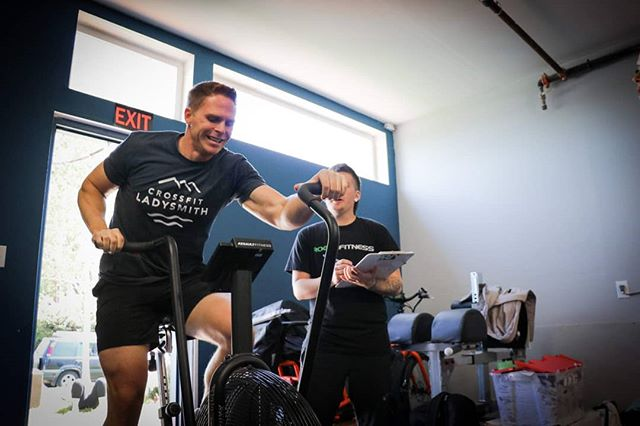 Oh won't you ride my bicycle 🎶... Throwback to 2019 YYJ Season 1 Playoffs hosted by @peninsulaCrossFit Photo by @hilary_sailstudiosco #FFLYYJ #FunctionalFitnessLeague  Interested in hosting a playoffs in your region?  Apply now: league.fit/host  www.league.fit  #CrossFit #beerleaguecrossfit #functionalfitness #fitleague #fitness #fitfam #fitspiration #competition #fitspo