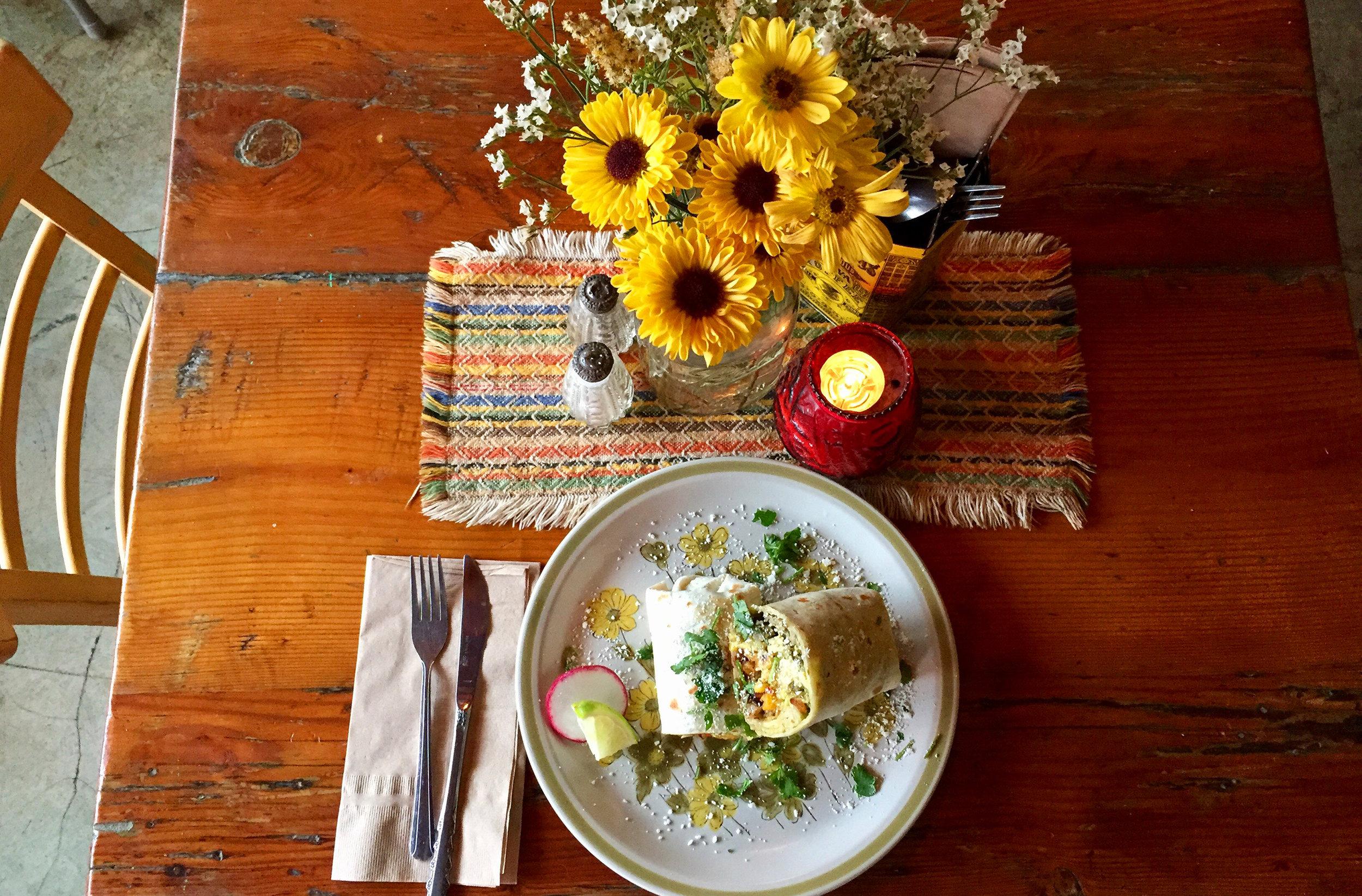 taco-pedaler-brunch-burrito.JPG