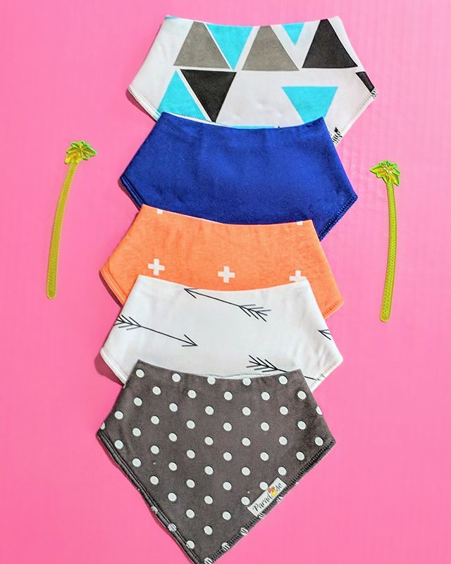 Keep Calm and Bib on! ➡️➡️➡️ Fashion Bandana Bibs coming ANY DAY now to the shop!!! 🙌🏼 . . . #paradisekidsboutique #handmadeclothing #handmadefashion #kidsfashion #babyfashion
