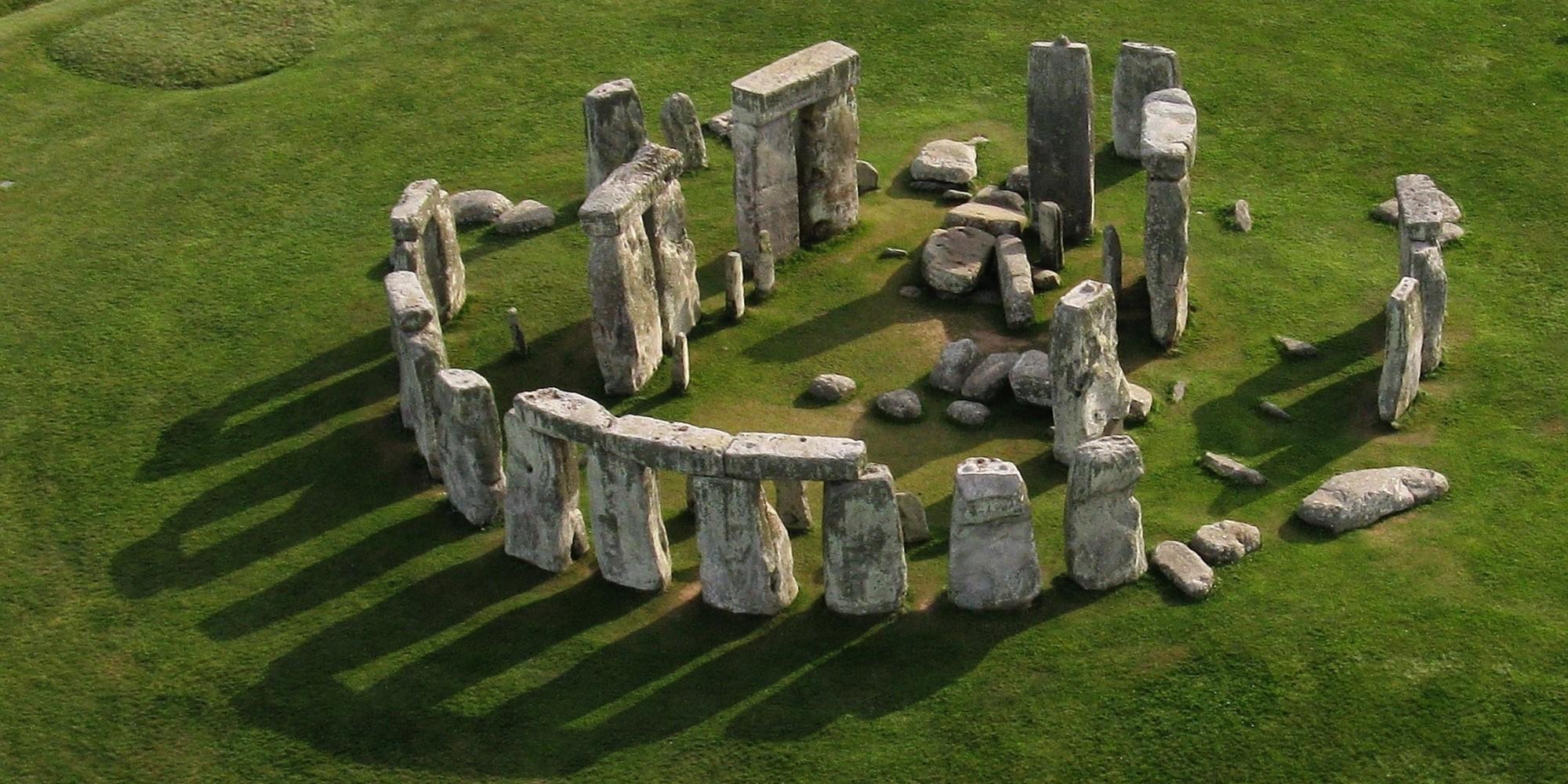 Sites Stonehendge England.jpg