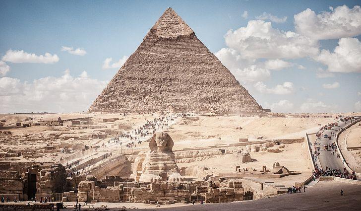 Pyramid Khafre and Sphinx Giza Cairo Egypt.jpg