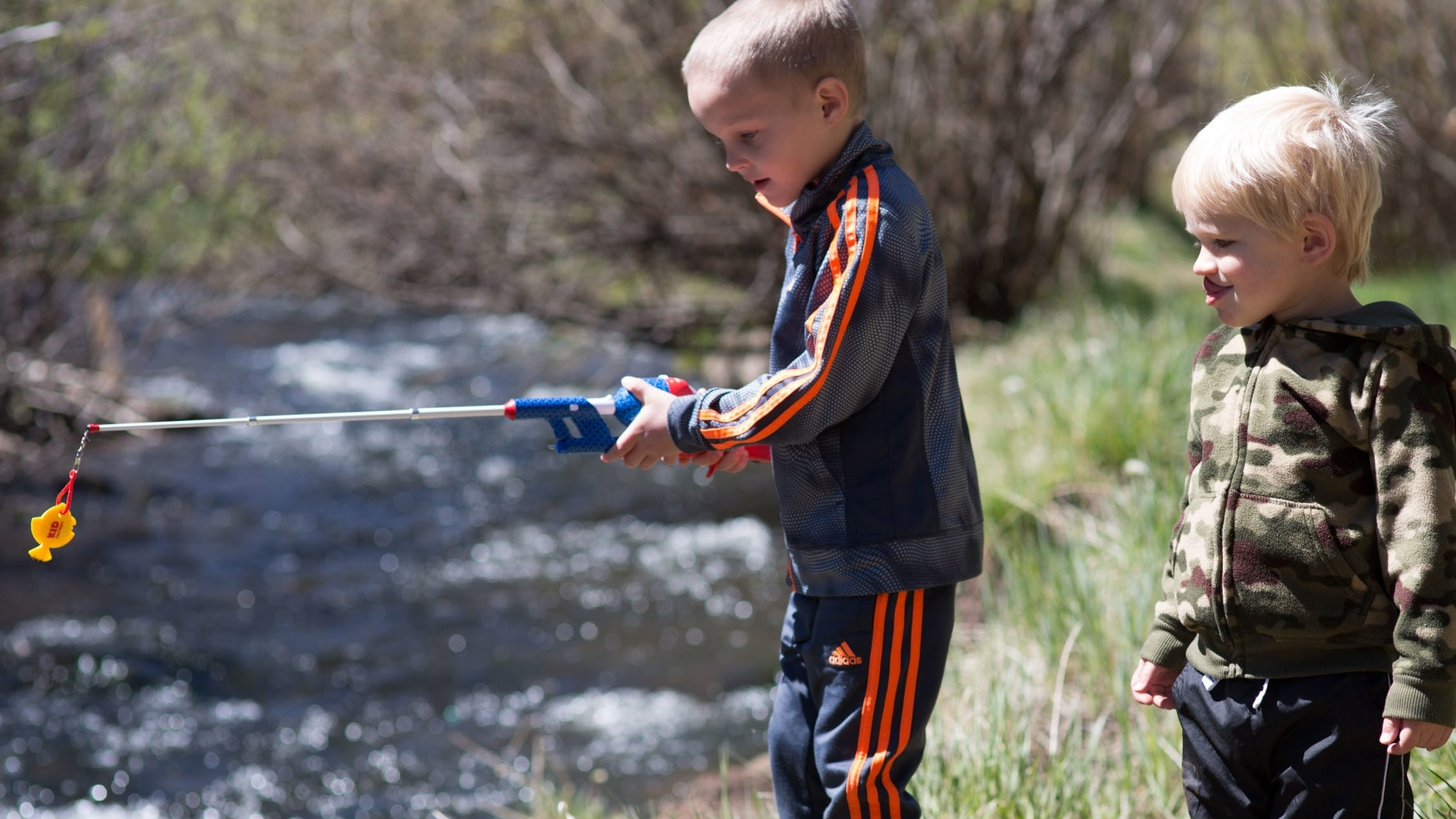 boys fishing in Little Colorado River.jpg
