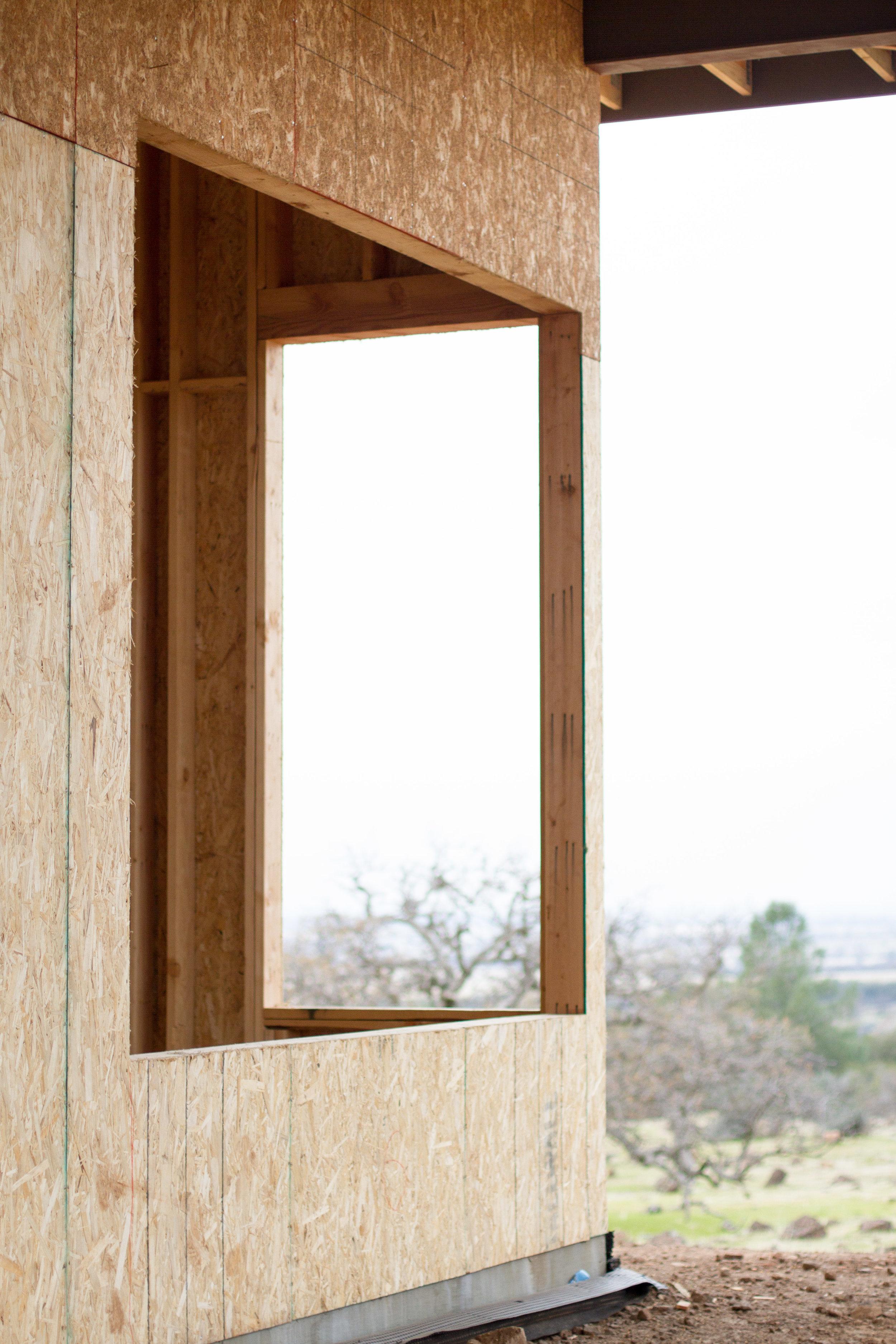 EXTERIOR CORNER WINDOW VIEW