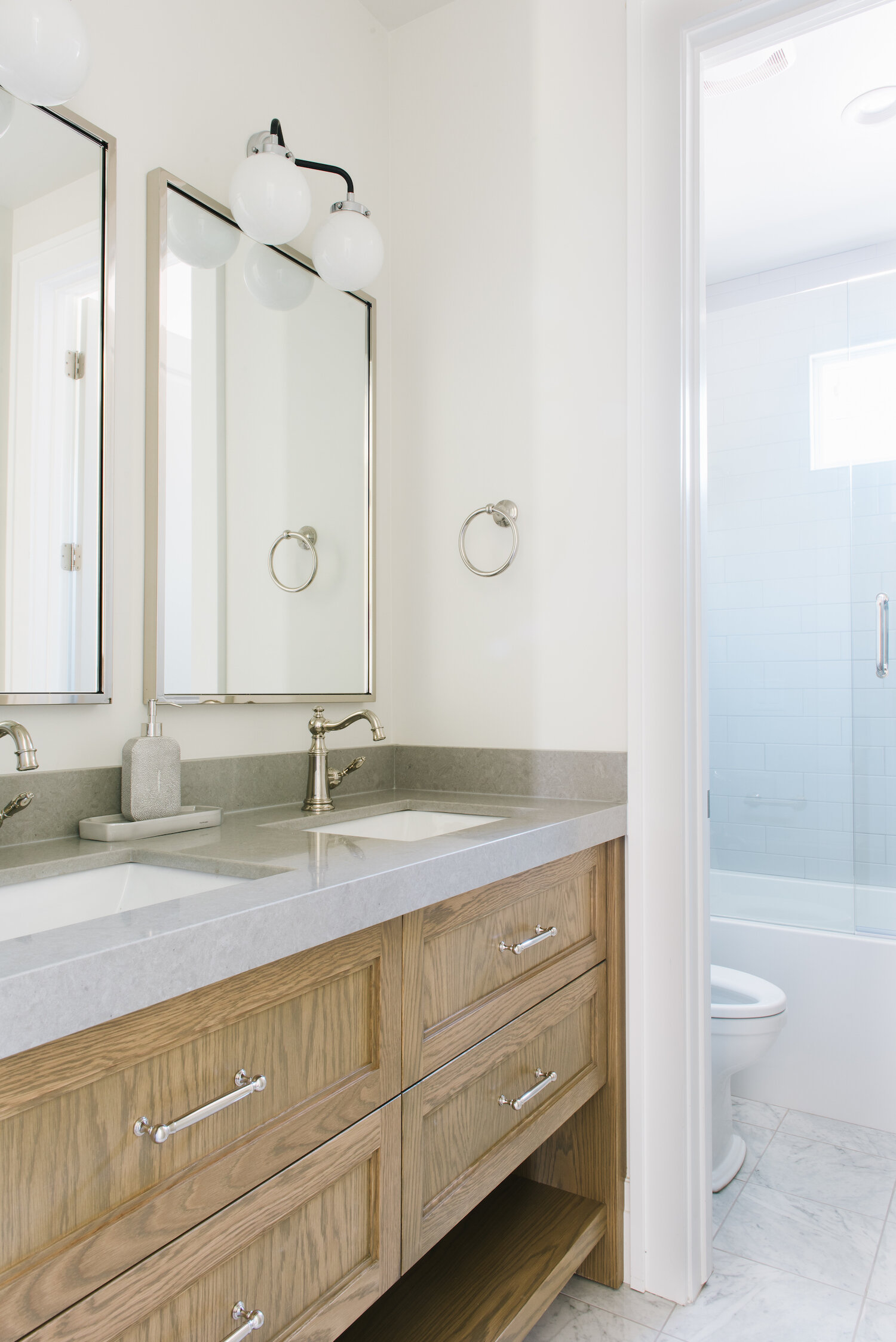 Tips For Designing Small Bathrooms For Multi Users Mount Valley Project Tami Faulkner Design