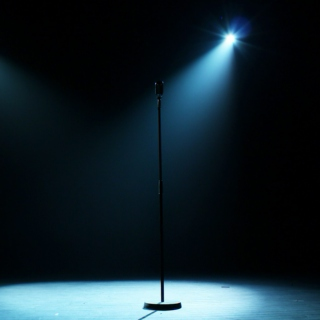MICROPHONE_ALONE_ON_STAGE_3-1661.jpg