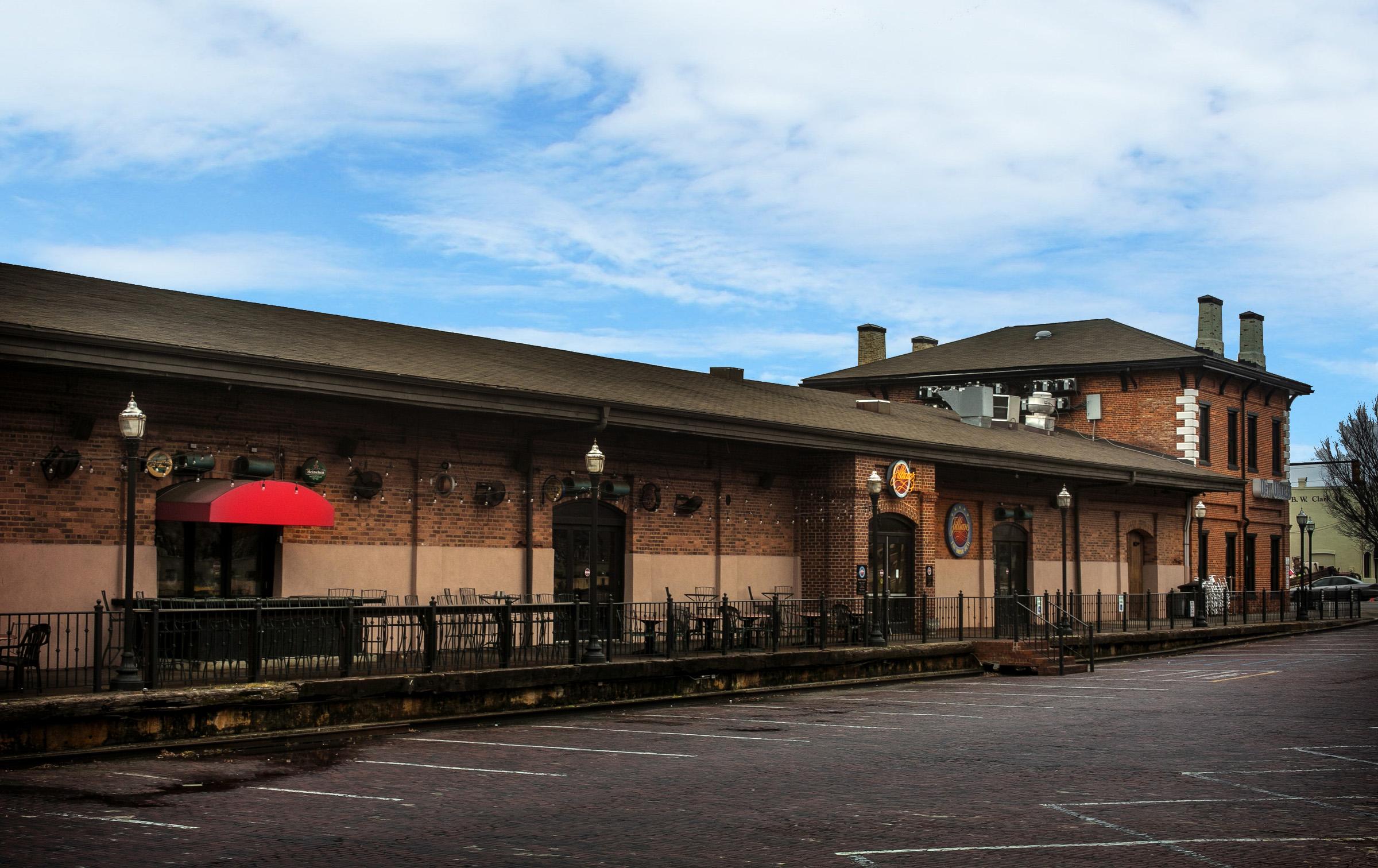 The Depot Building - 800 Gervais Street
