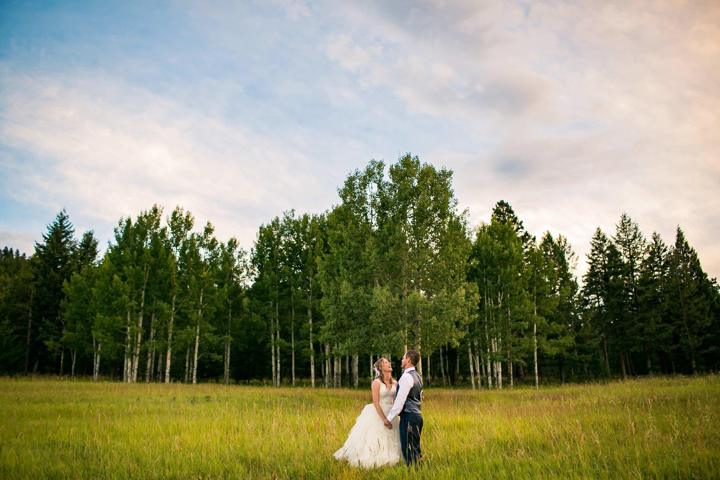 -colorado-wedding-photographer-denver-springs-vail-meadows-at-marshdale-