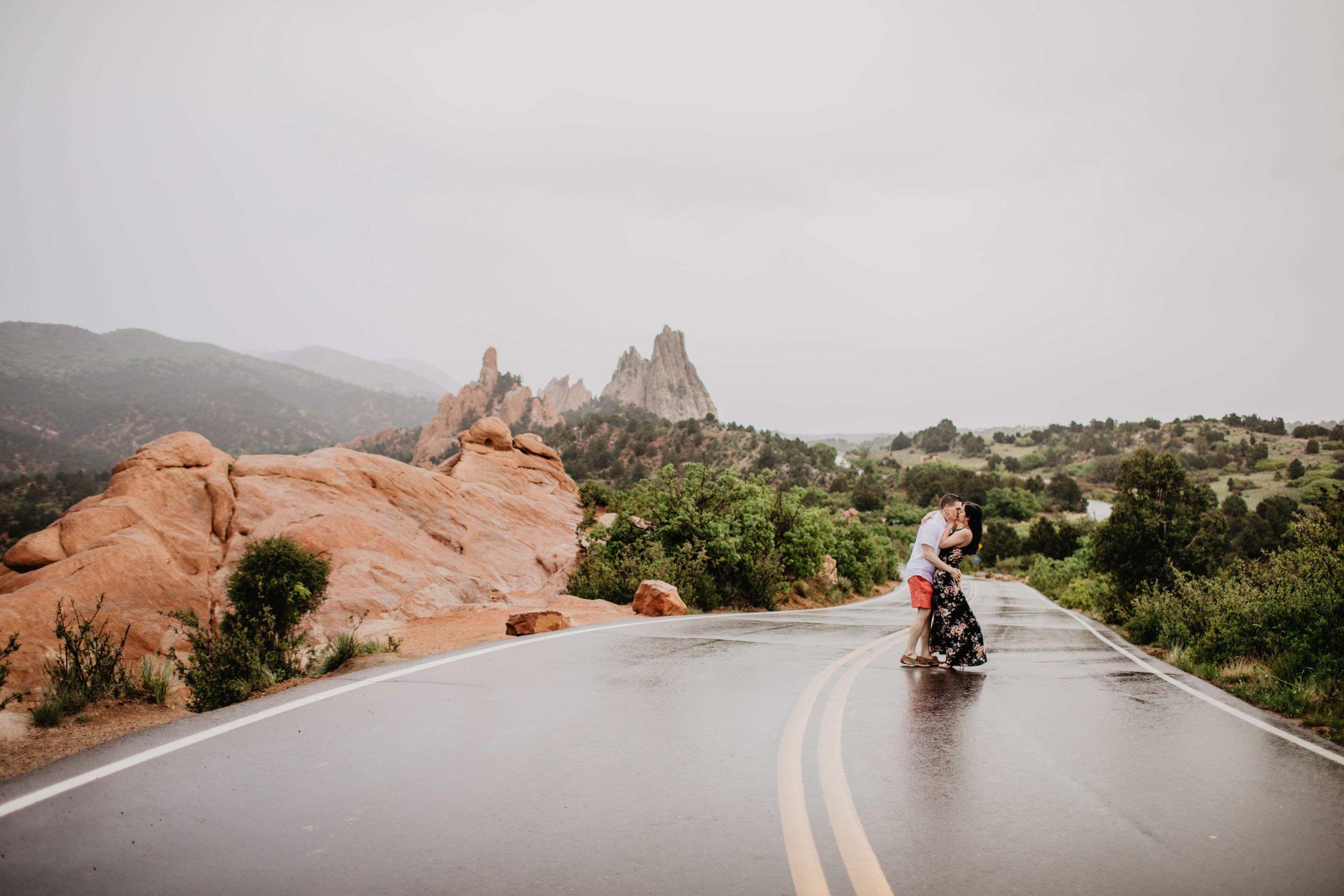 Kisa Conrad Favorites-0027garden-of-the-gods-colorado-springs-photograhy-engagement.jpeg