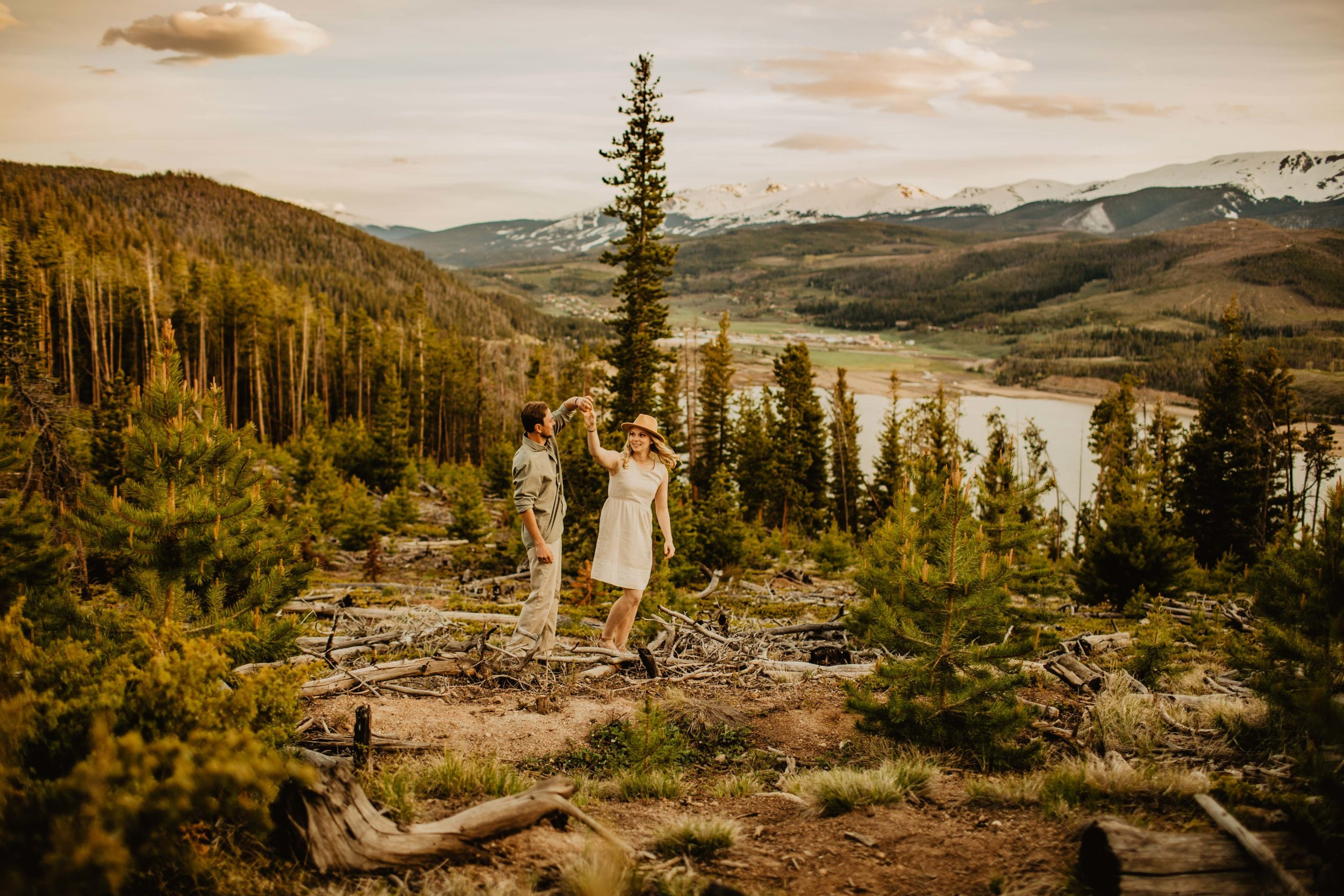 Kisa Conrad Favorites-0024sapphire-point-breckenridge-colorado-photography-engagement.jpeg