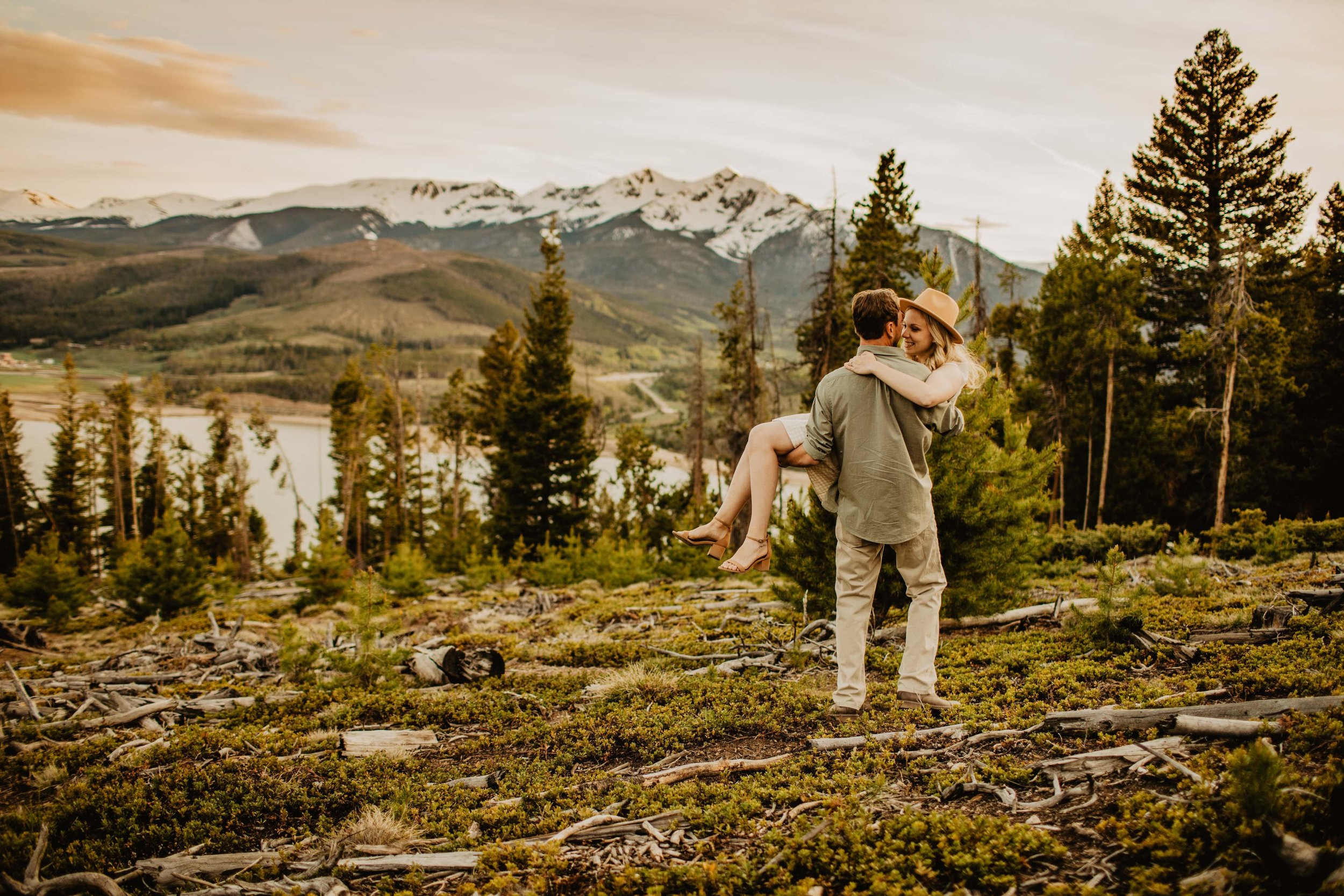 Kisa Conrad Favorites-0025sapphire-point-breckenridge-colorado-photography-engagement.jpeg