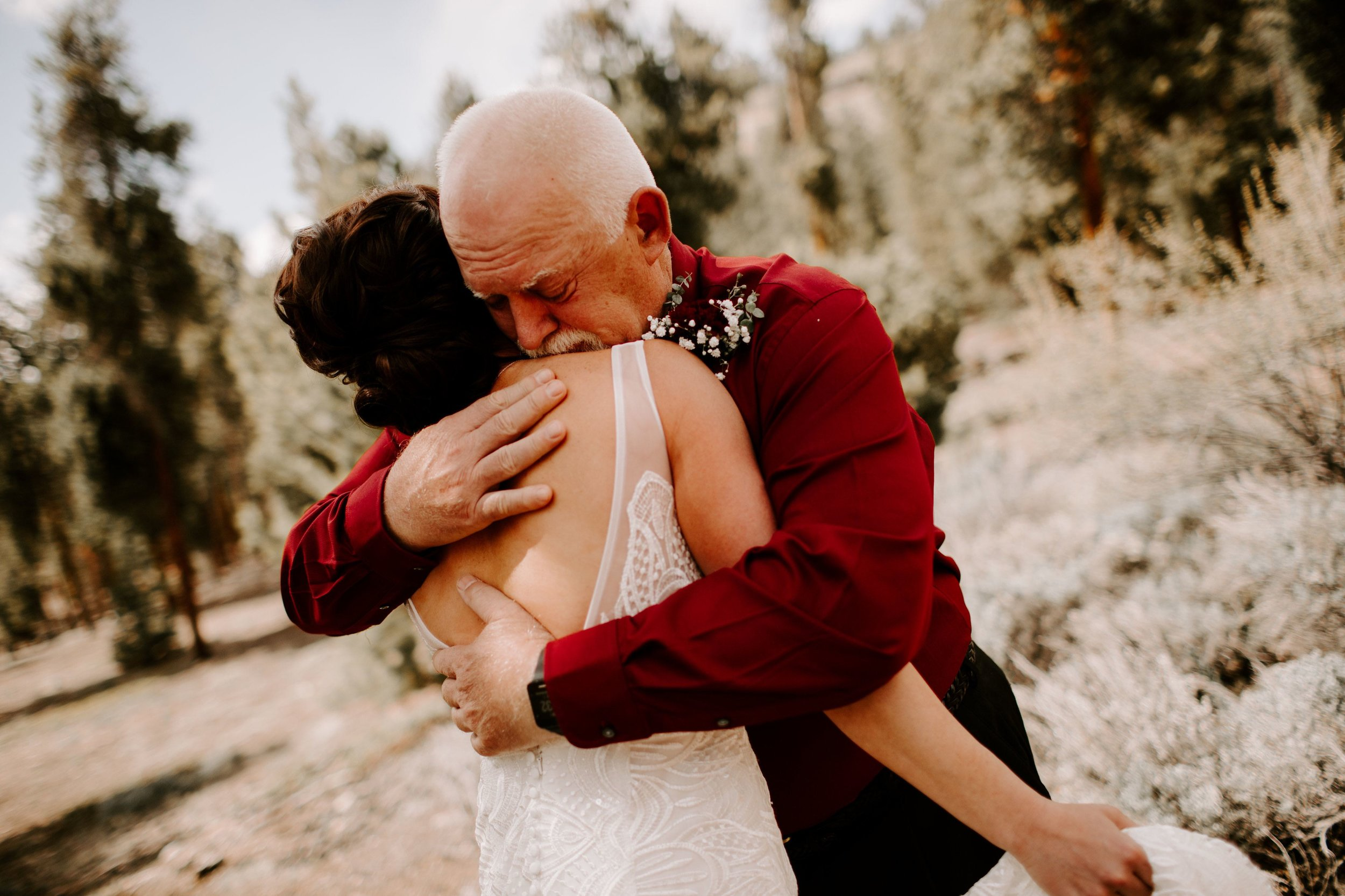 Kisa Conrad Favorites-0029the-wolf-den-twin-lakes-wedding-colorado-photography.jpeg