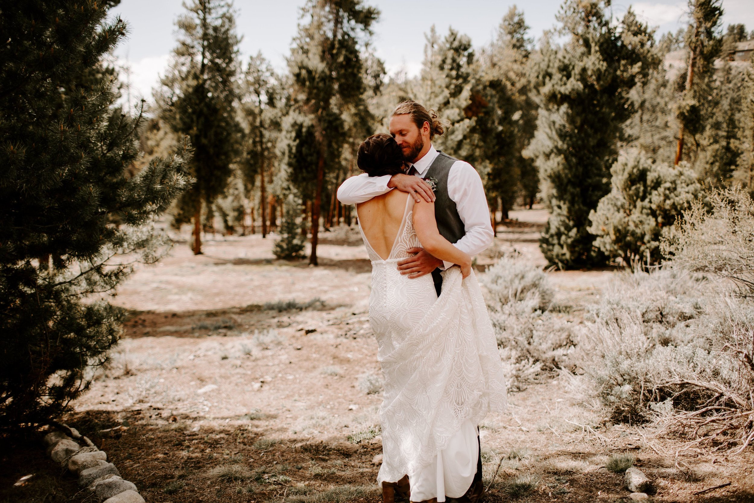 Kisa Conrad Favorites-0031the-wolf-den-twin-lakes-wedding-colorado-photography.jpeg