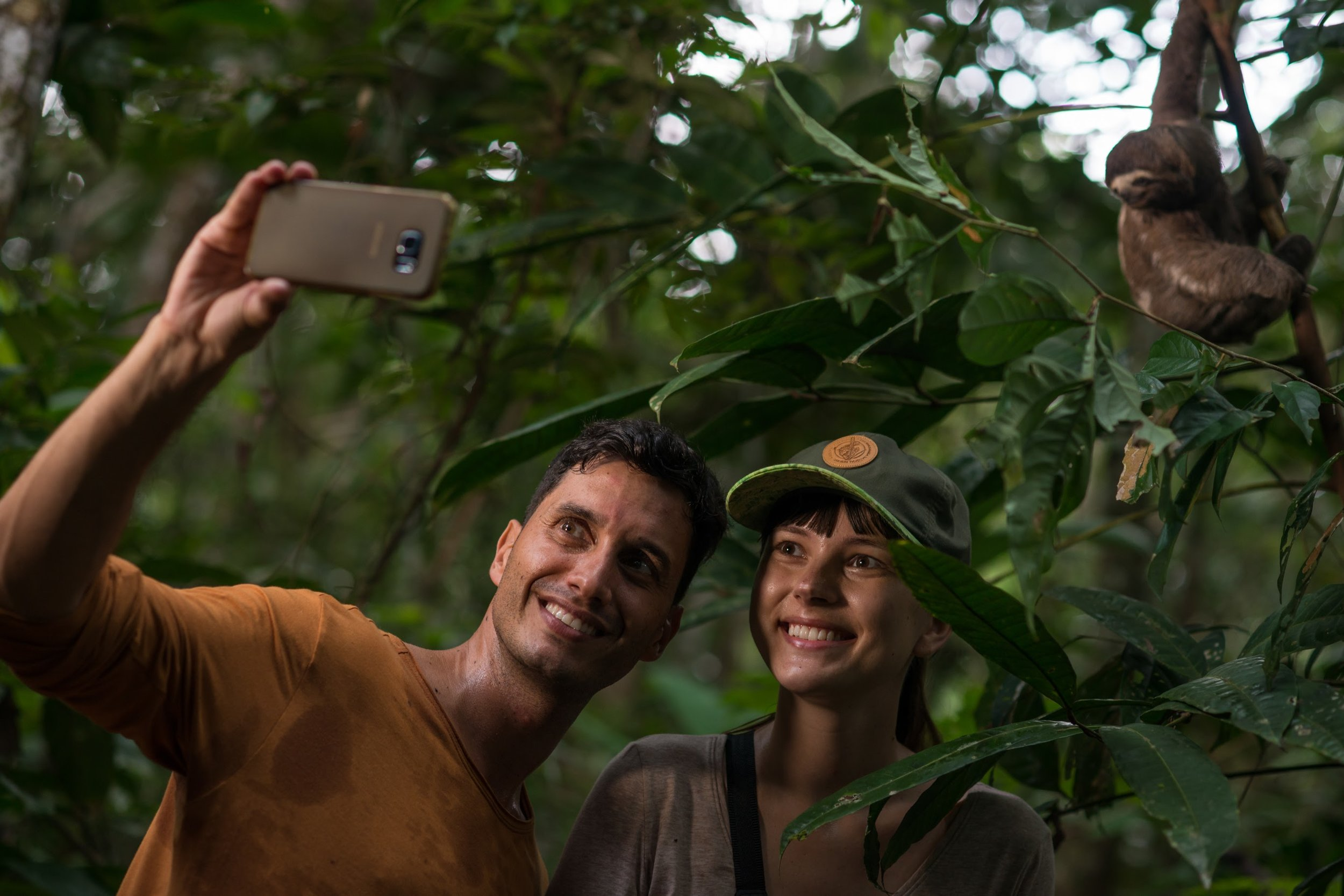 Excursions in the Amazon with Delfin