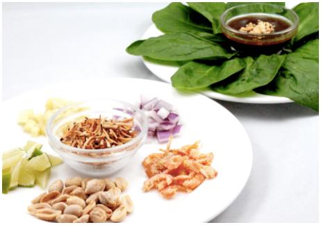 Miang Kum  (Serves 3-4)