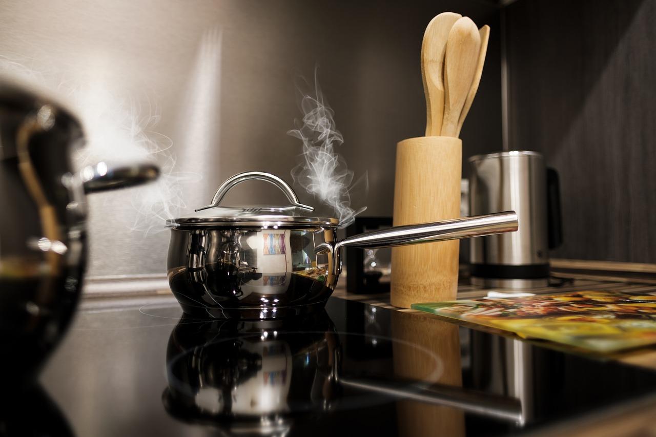 kitchen-pots.jpeg