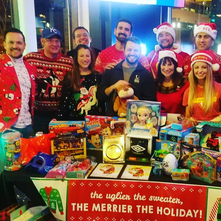 Toys+for+Tots.jpg
